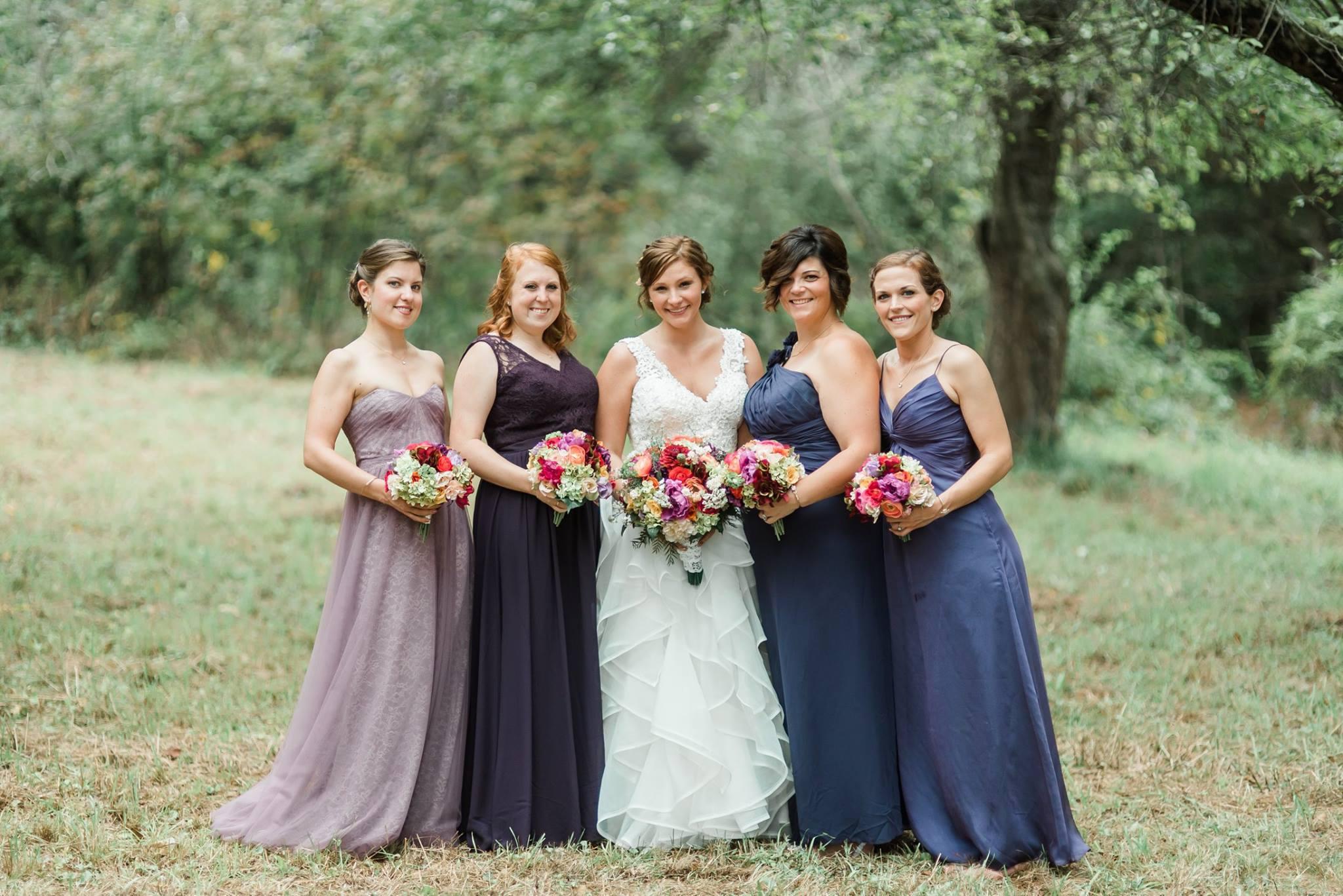 pennsylvania-backyard-wedding-love-diy-bohemian-romantic-colorful-0016.jpg