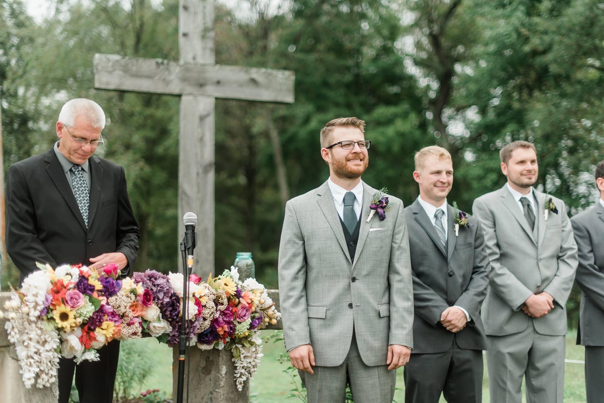 pennsylvania-backyard-wedding-love-diy-bohemian-romantic-colorful-0023.jpg