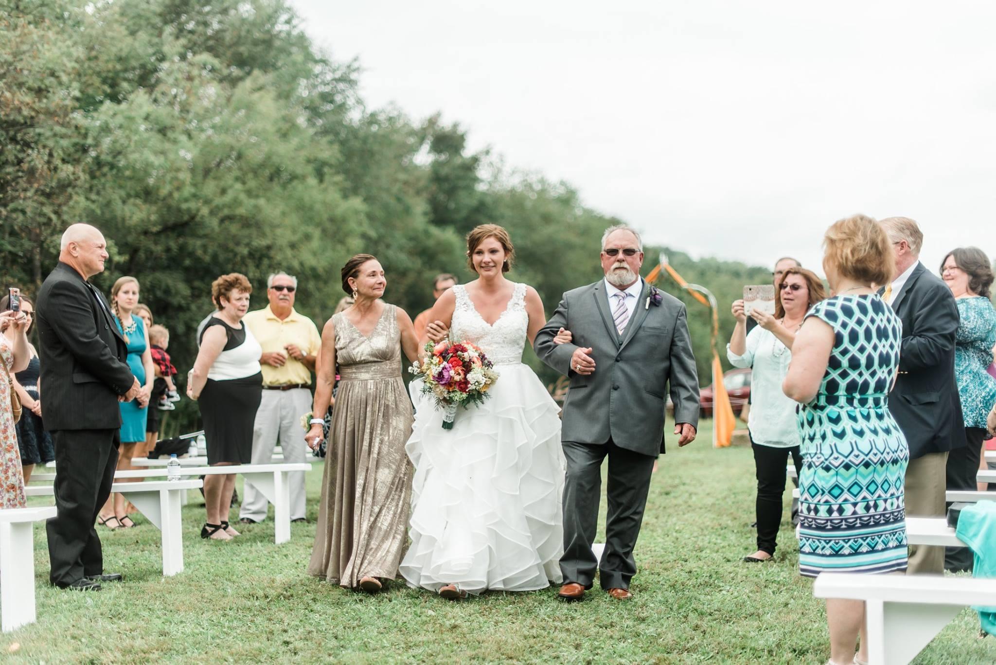 pennsylvania-backyard-wedding-love-diy-bohemian-romantic-colorful-0024.jpg