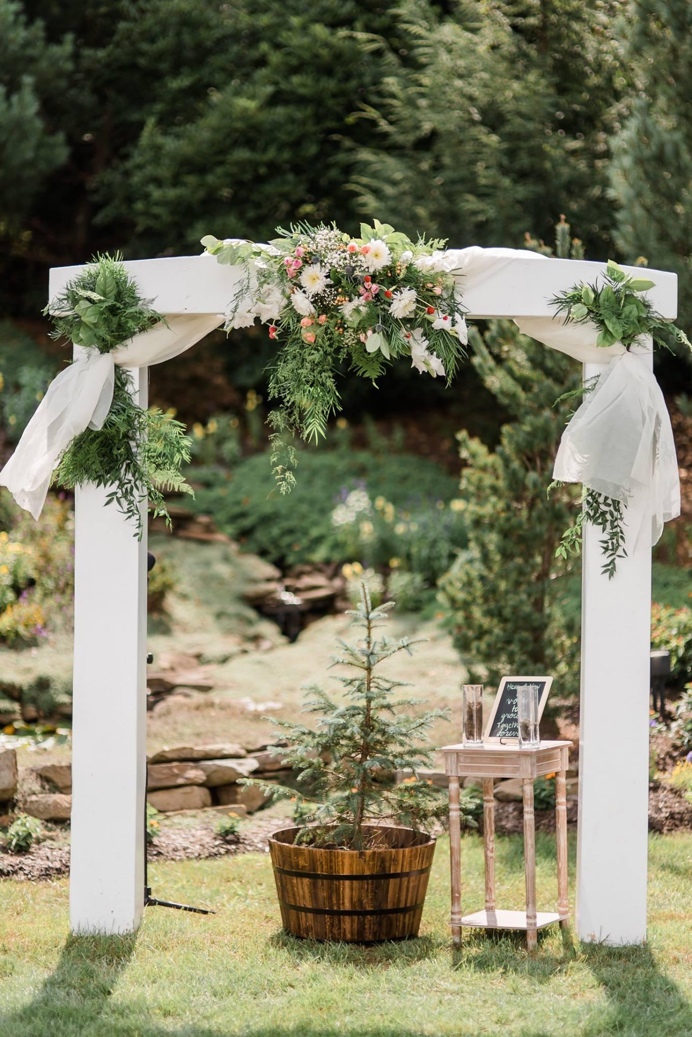 gardens-at-stonebridge-wedding-pittsburgh-classic-outdoor-pennsylvania-0010.jpg