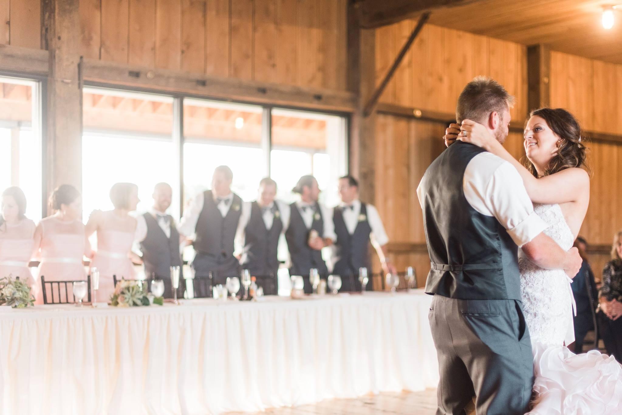 white-barn-pennsylvania-wedding-glam-rustic-farm-0024.jpg