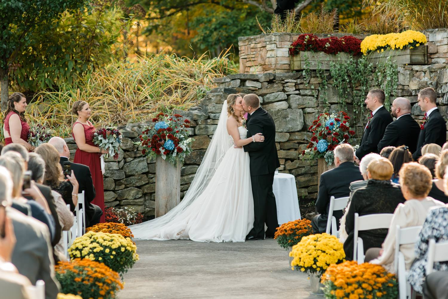 hidden-valley-resort-bells-banquets-wedding-fall-autumn-jewel-tones-peensylvania-0019.jpg