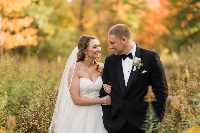 hidden-valley-resort-bells-banquets-wedding-fall-autumn-jewel-tones-peensylvania-0024.jpg