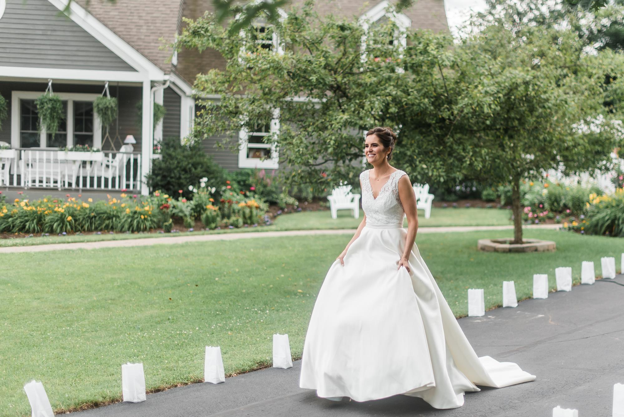 pittsburgh-pennsylvania-backyard-glam-chic-modern-classic-wedding-0009.jpg