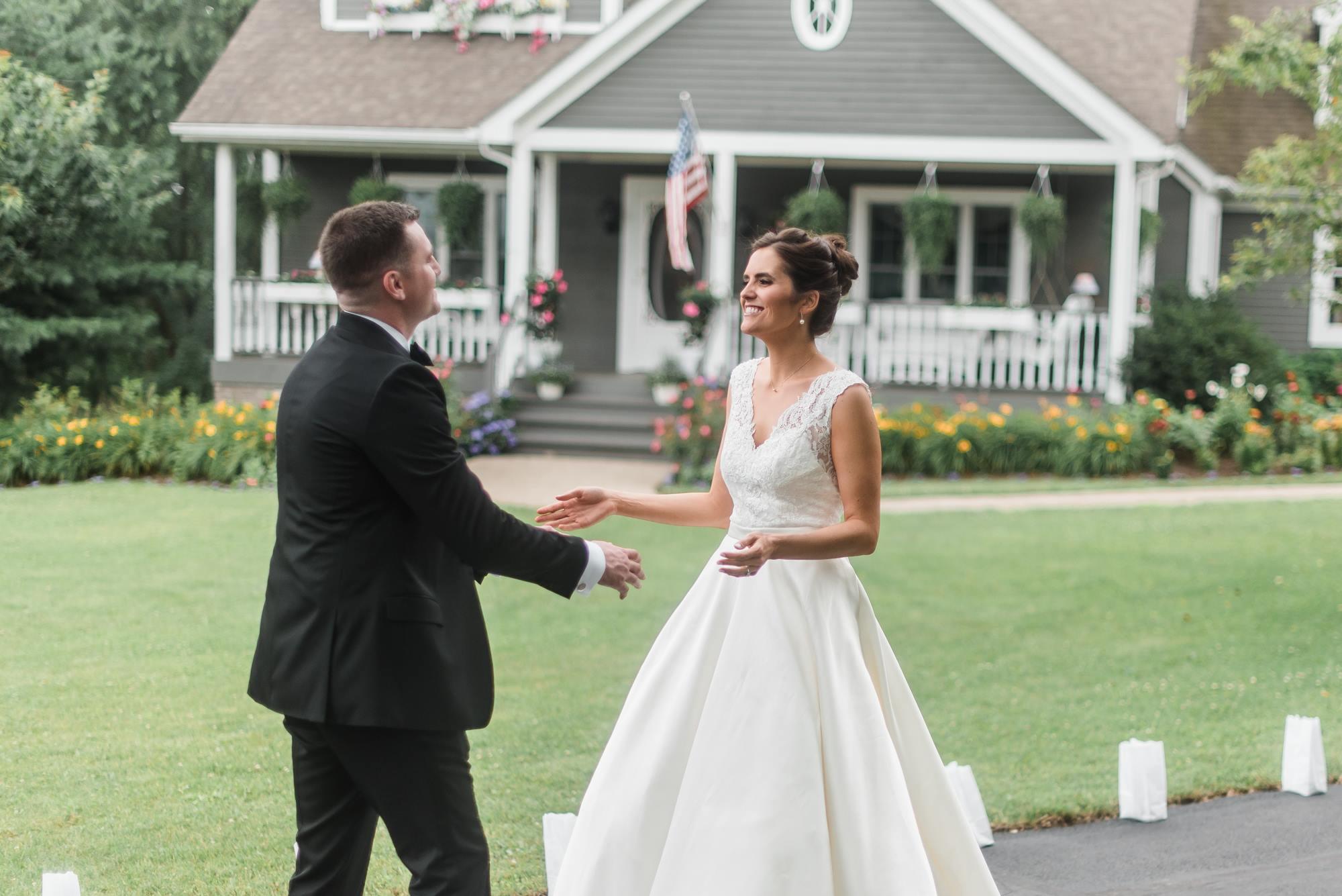 pittsburgh-pennsylvania-backyard-glam-chic-modern-classic-wedding-0010.jpg