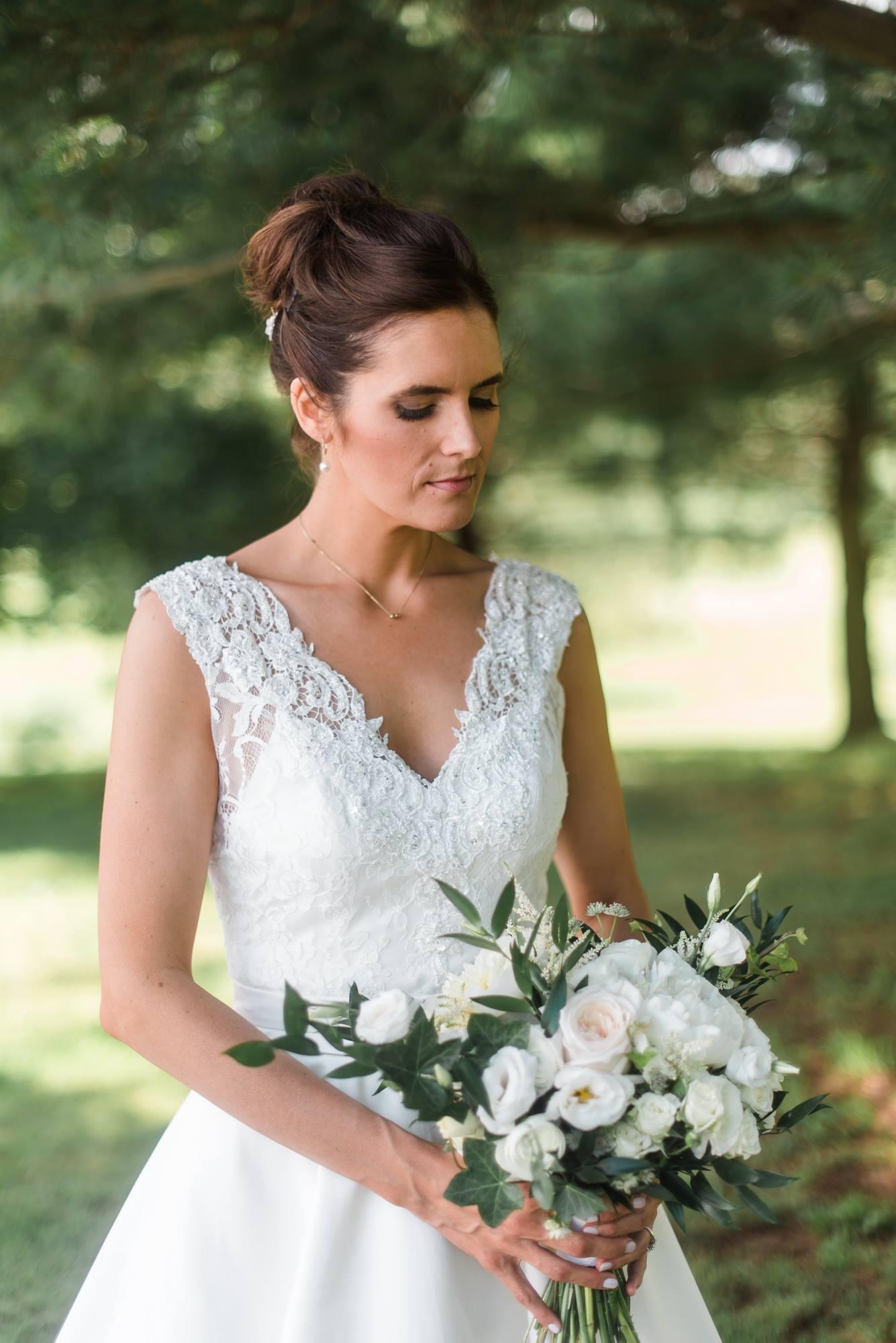 pittsburgh-pennsylvania-backyard-glam-chic-modern-classic-wedding-0014.jpg