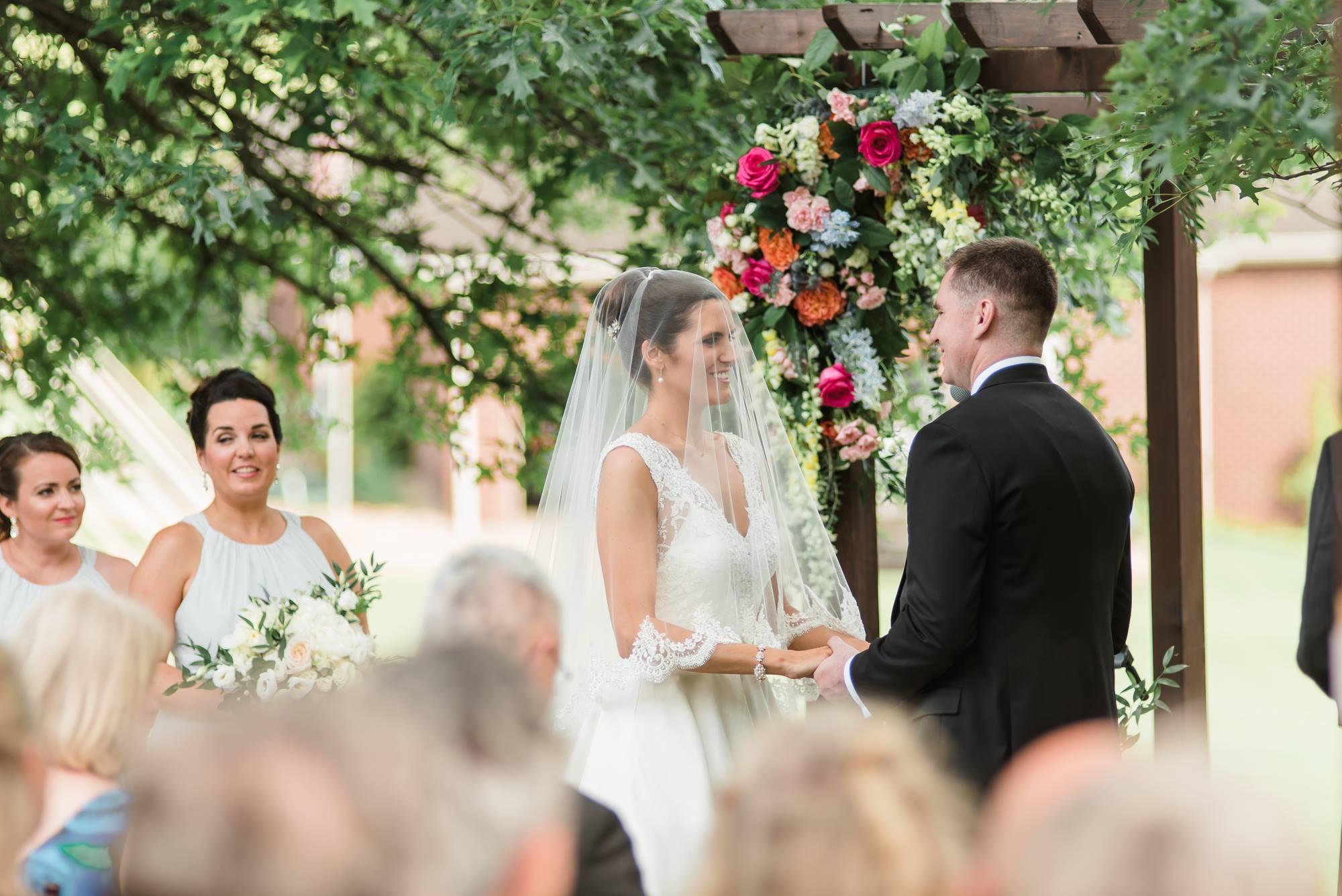 pittsburgh-pennsylvania-backyard-glam-chic-modern-classic-wedding-0024.jpg