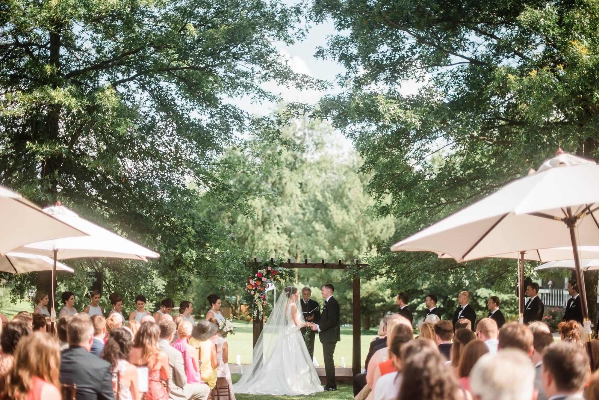 pittsburgh-pennsylvania-backyard-glam-chic-modern-classic-wedding-0023.jpg