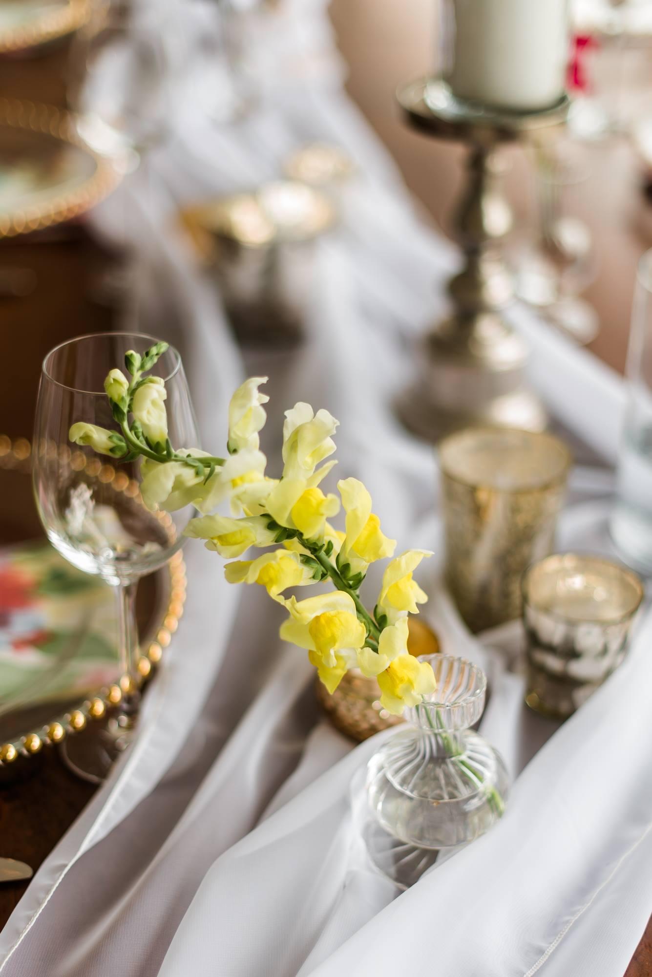 pittsburgh-pennsylvania-backyard-glam-chic-modern-classic-wedding-0029.jpg