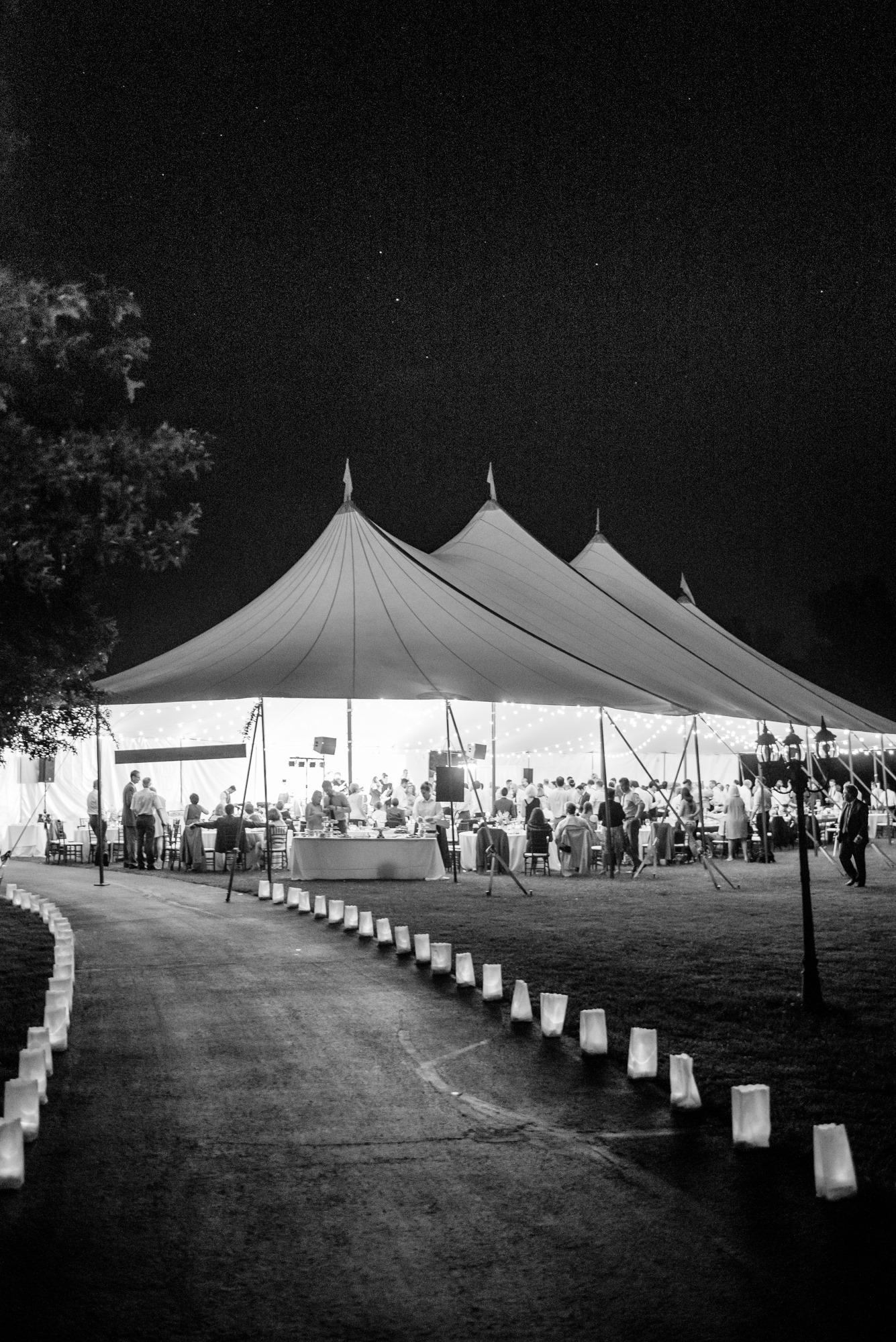 pittsburgh-pennsylvania-backyard-glam-chic-modern-classic-wedding-0034.jpg