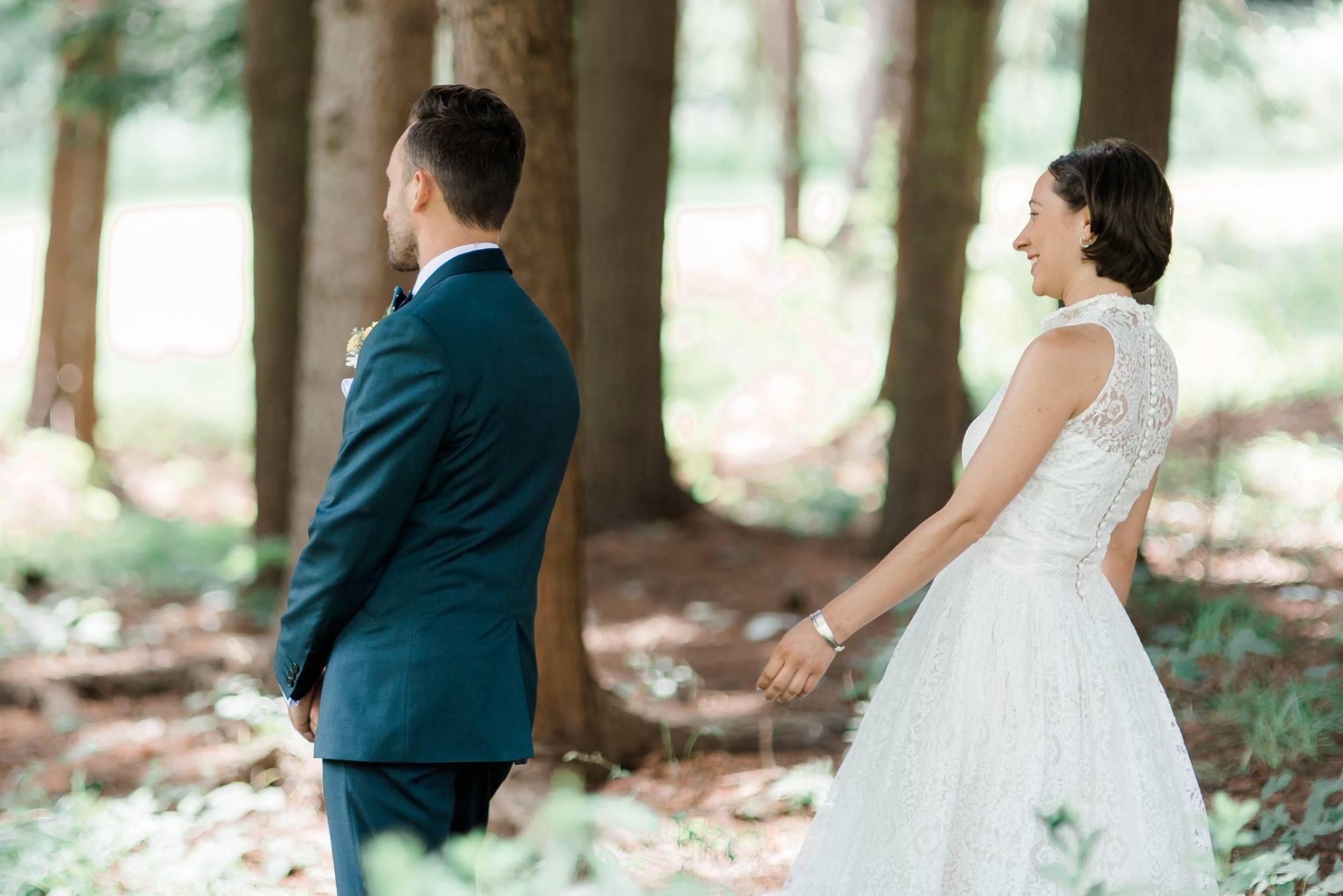 backyard-farm-barn-mountaintop-pennsylvania-wedding-0008.jpg