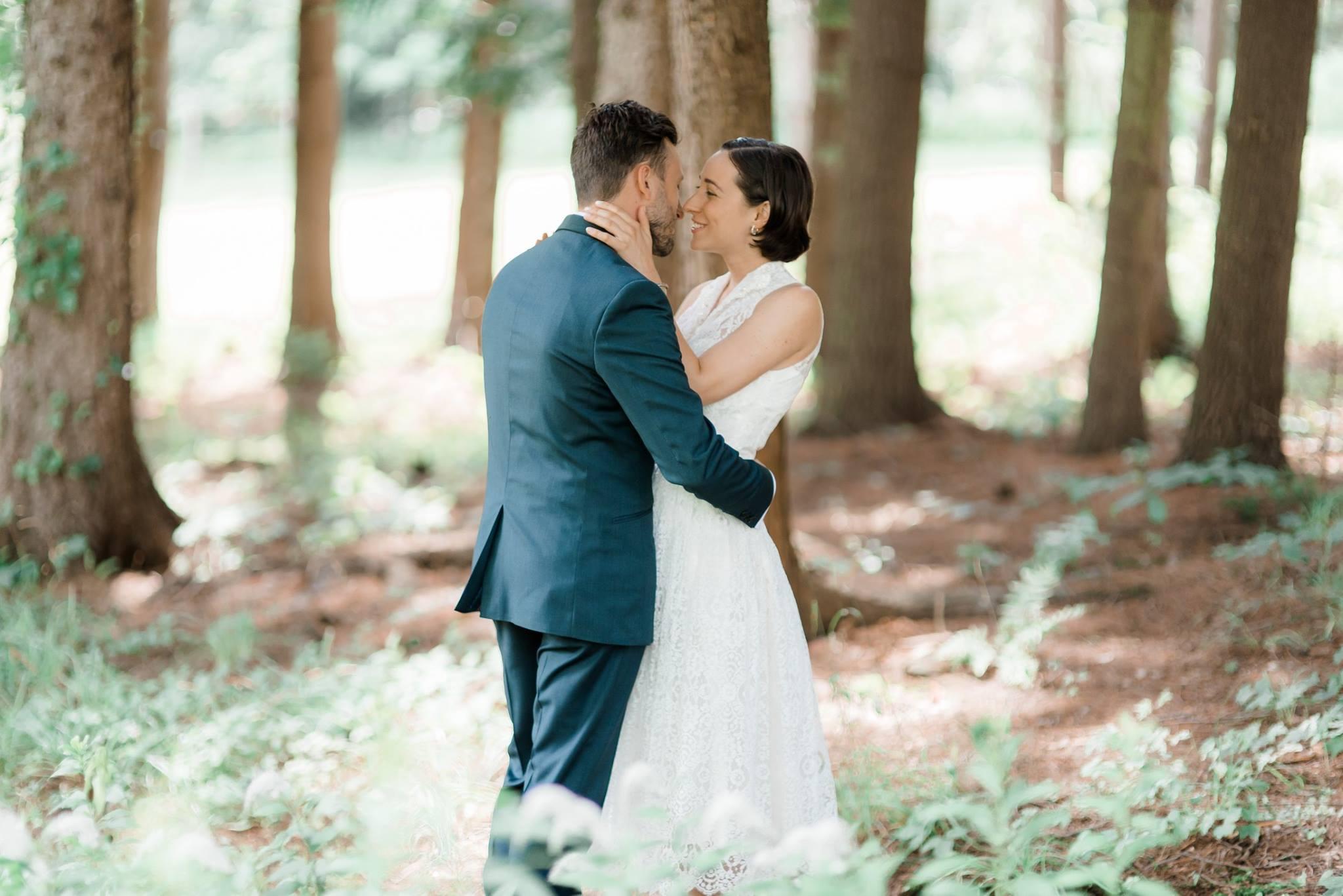 backyard-farm-barn-mountaintop-pennsylvania-wedding-0009.jpg