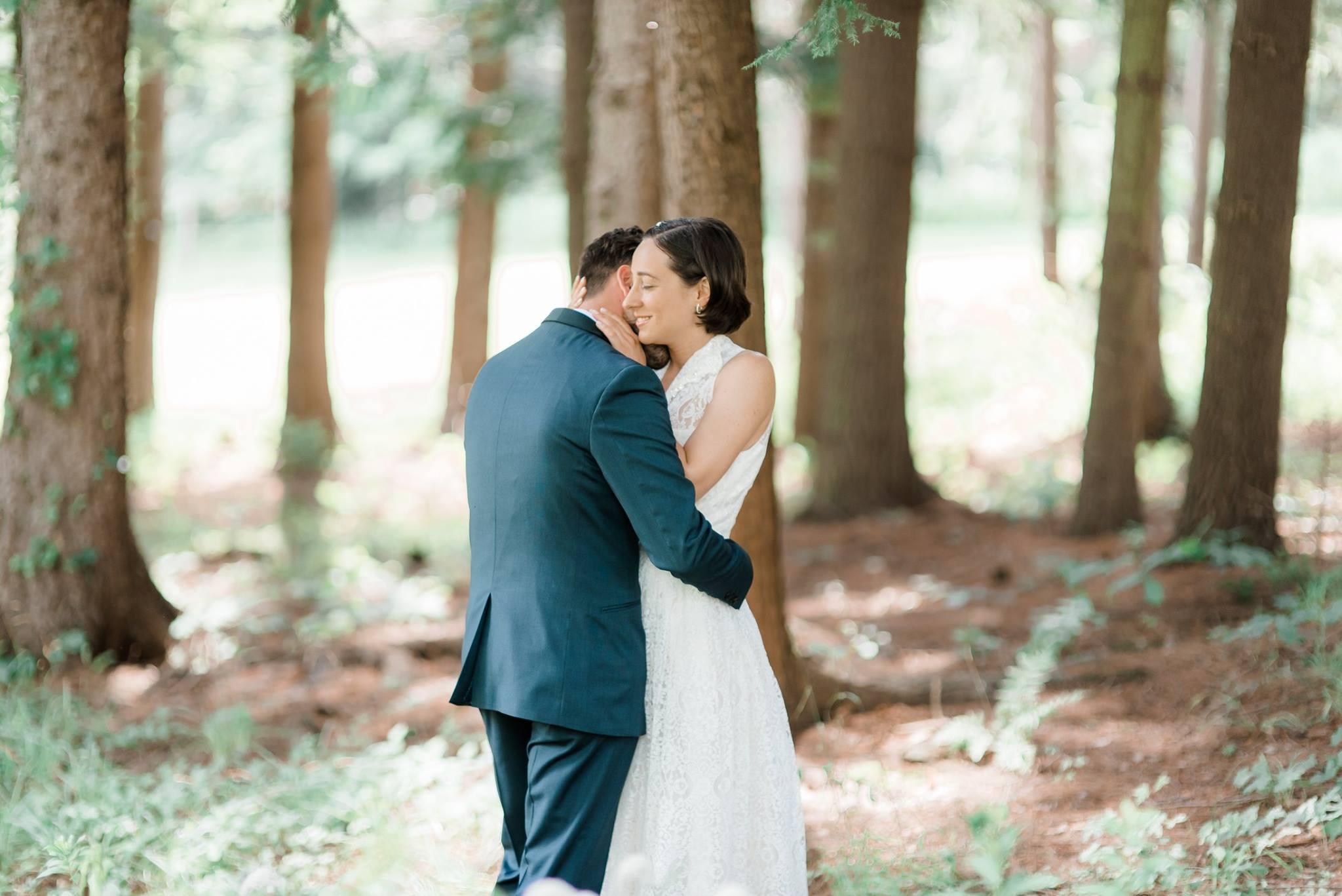 backyard-farm-barn-mountaintop-pennsylvania-wedding-0010.jpg