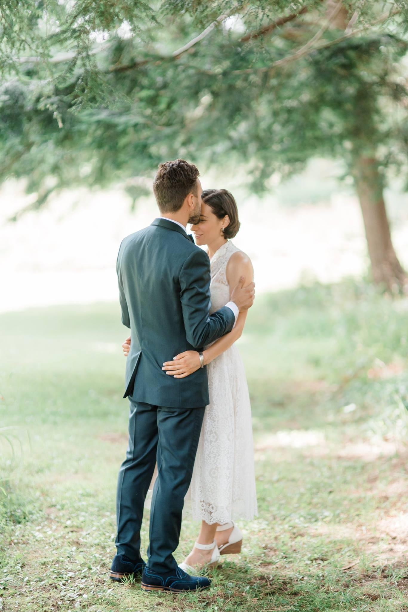 backyard-farm-barn-mountaintop-pennsylvania-wedding-0012.jpg