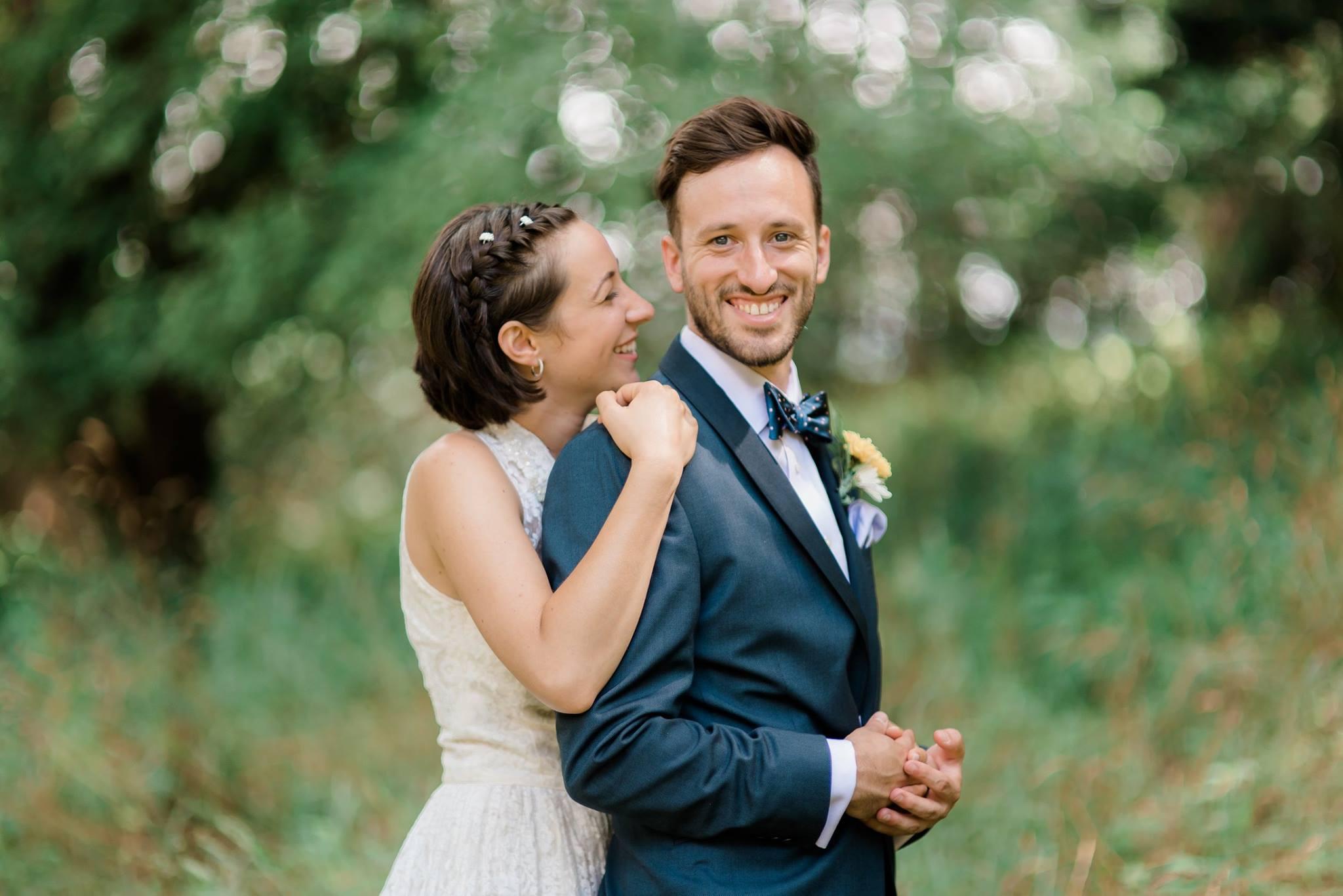 backyard-farm-barn-mountaintop-pennsylvania-wedding-0013.jpg