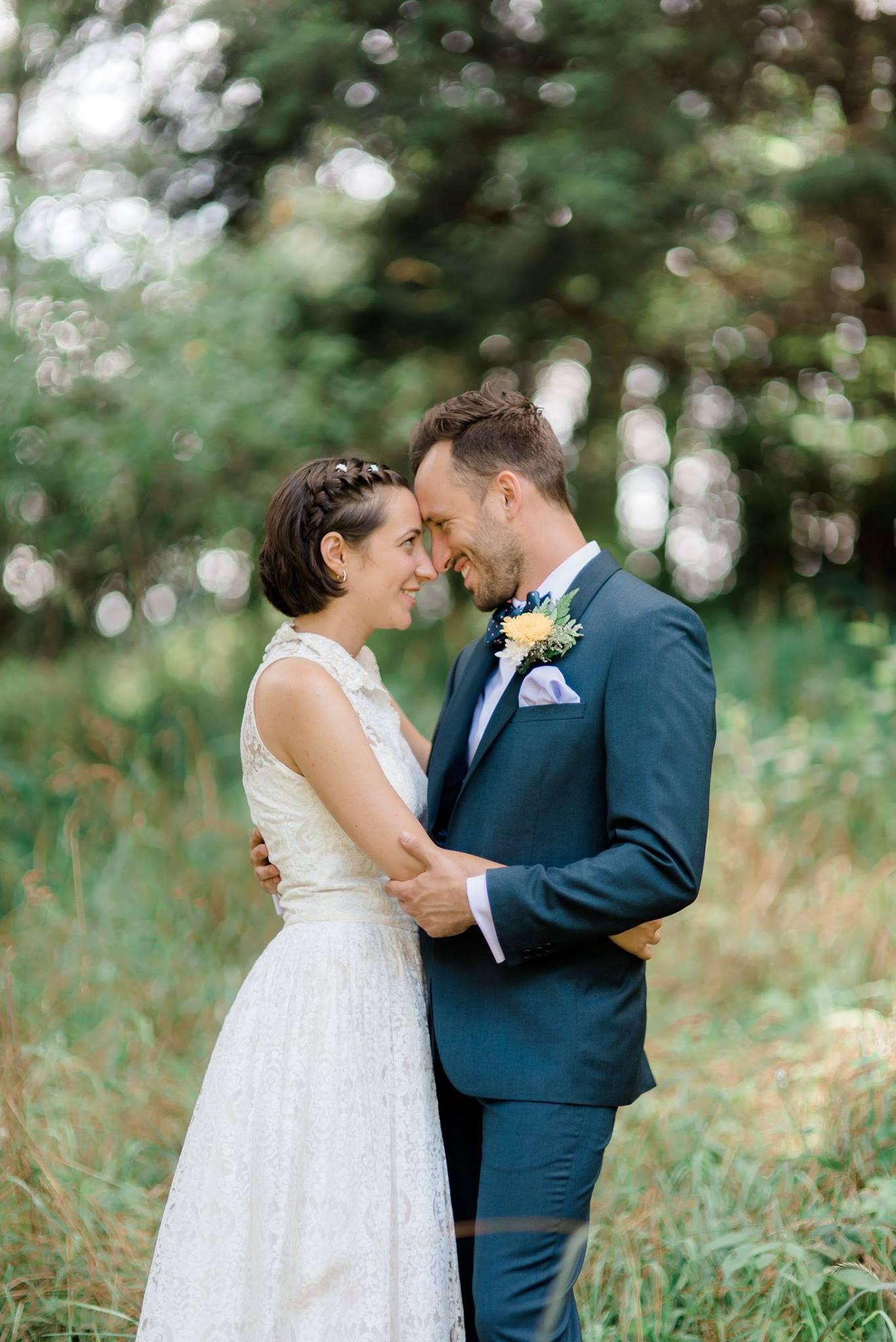 backyard-farm-barn-mountaintop-pennsylvania-wedding-0014.jpg