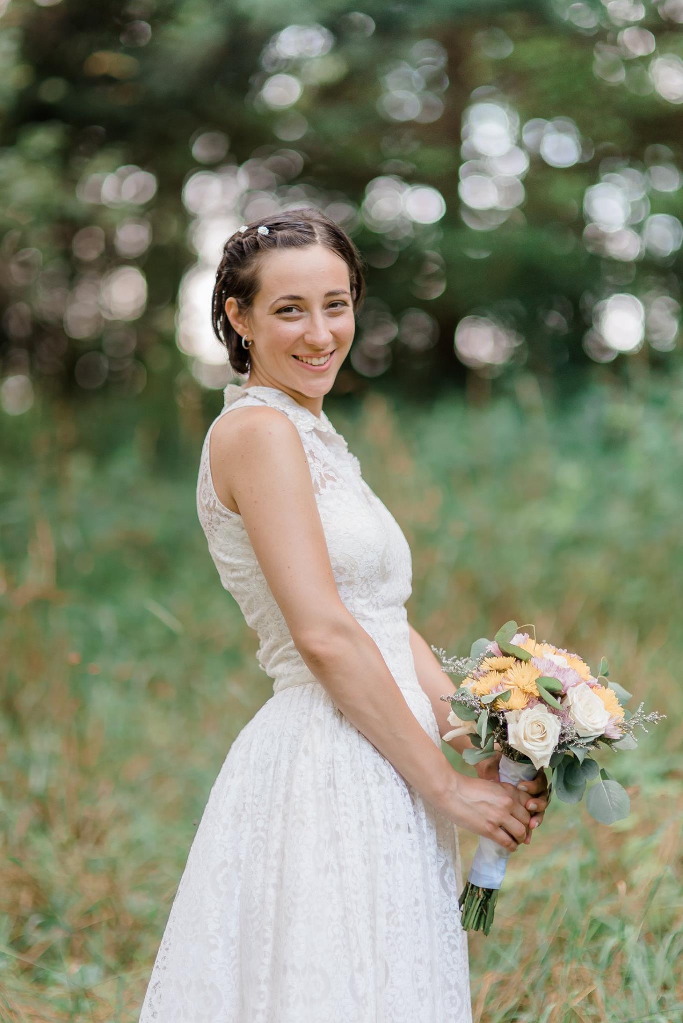 backyard-farm-barn-mountaintop-pennsylvania-wedding-0017.jpg