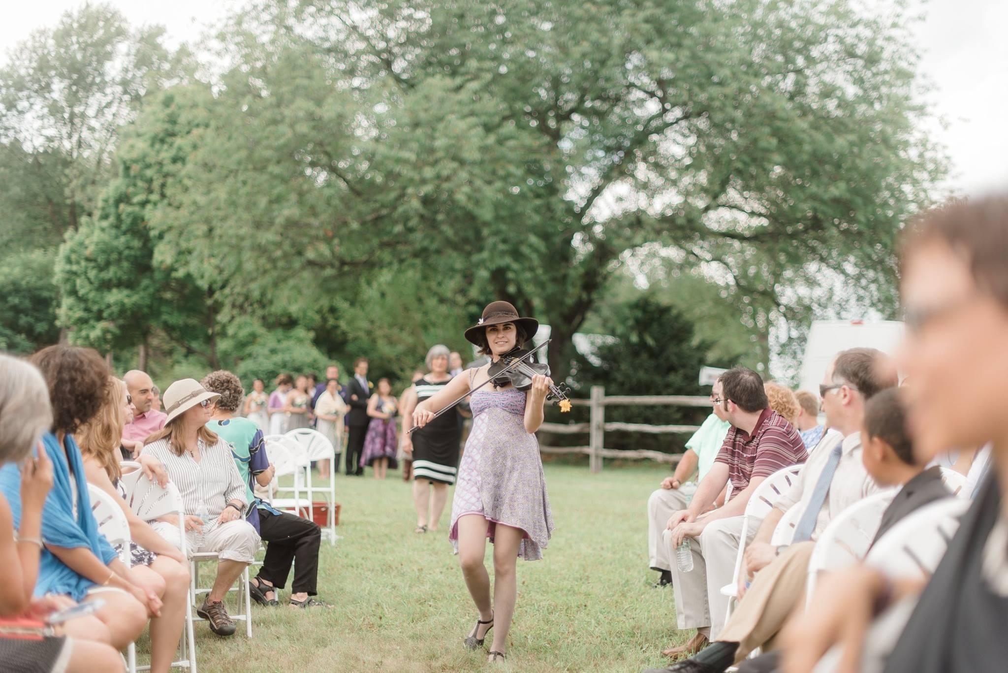 backyard-farm-barn-mountaintop-pennsylvania-wedding-0022.jpg
