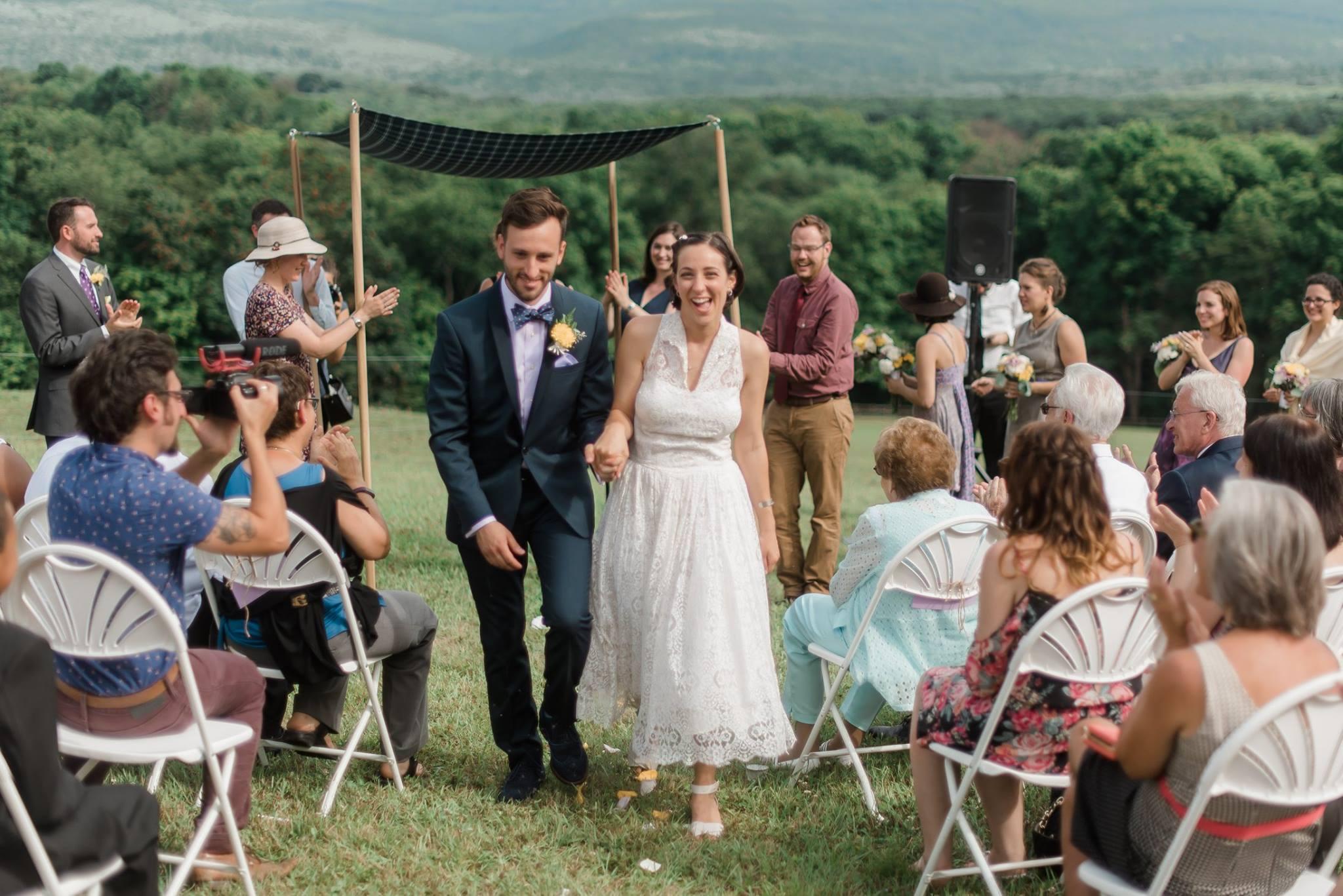 backyard-farm-barn-mountaintop-pennsylvania-wedding-0029.jpg