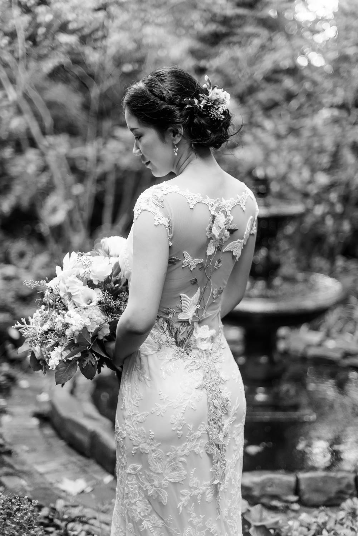 choderwood-pittsburgh-riverfront-diy-romantic-wedding0012.jpg