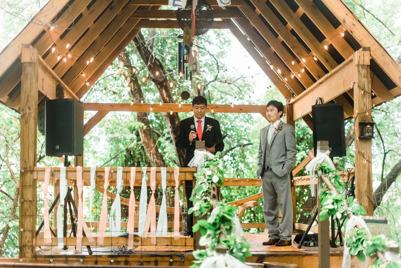 choderwood-pittsburgh-riverfront-diy-romantic-wedding0025.jpg
