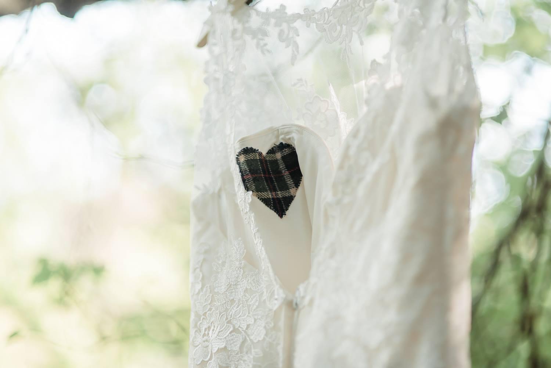 succop-conservancy-pennsylvania-outdoor-glam-jewel-tone-fall-autumn-wedding-0002.jpg