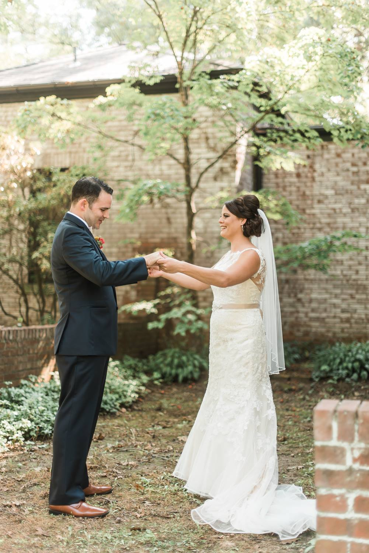 succop-conservancy-pennsylvania-outdoor-glam-jewel-tone-fall-autumn-wedding-0014.jpg