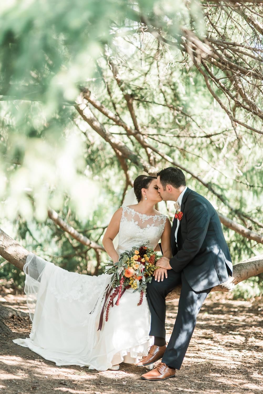 succop-conservancy-pennsylvania-outdoor-glam-jewel-tone-fall-autumn-wedding-0022.jpg