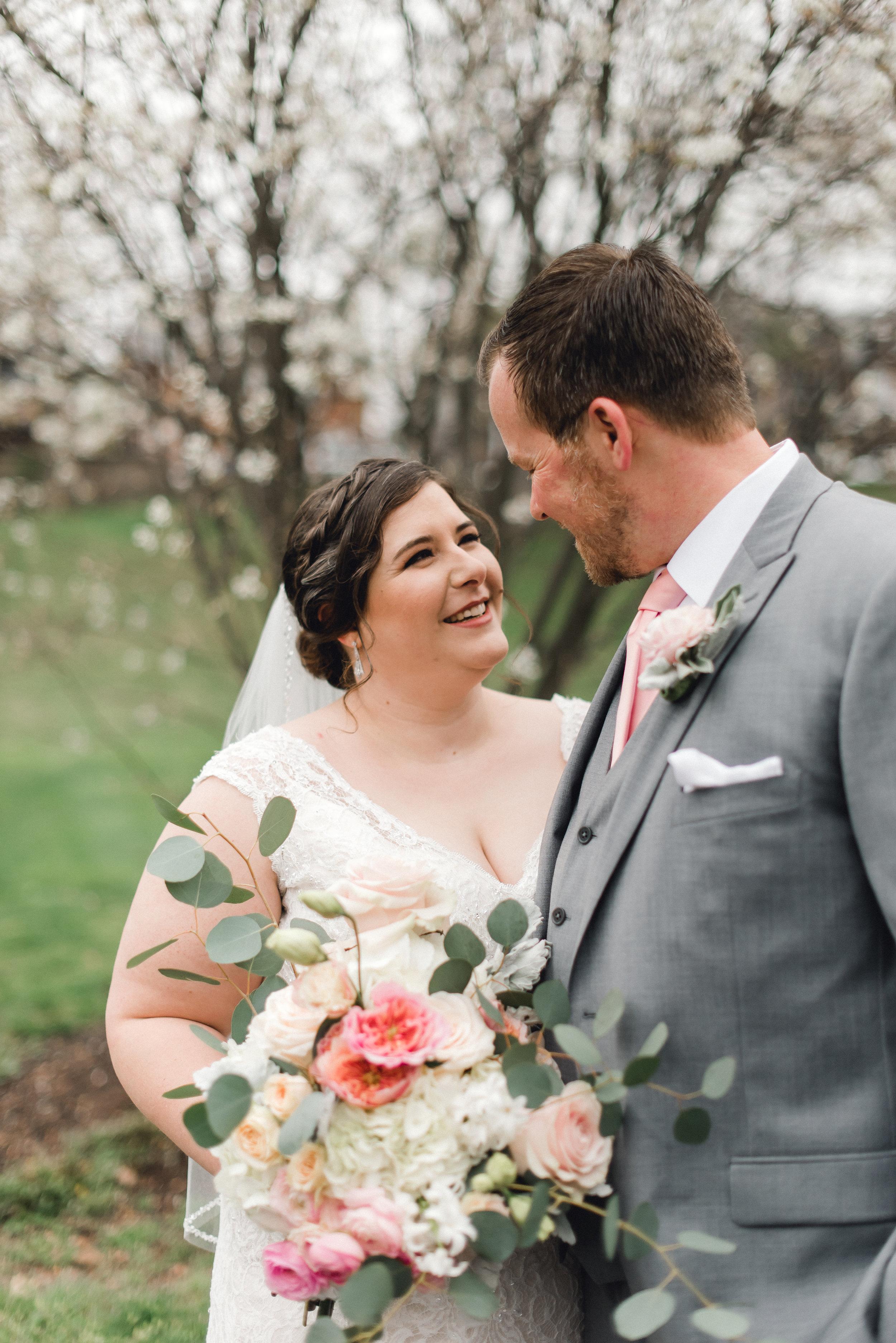 philadelphia-bucks-county-doylestown-mercer-museum-wedding-photographer-0021.jpg