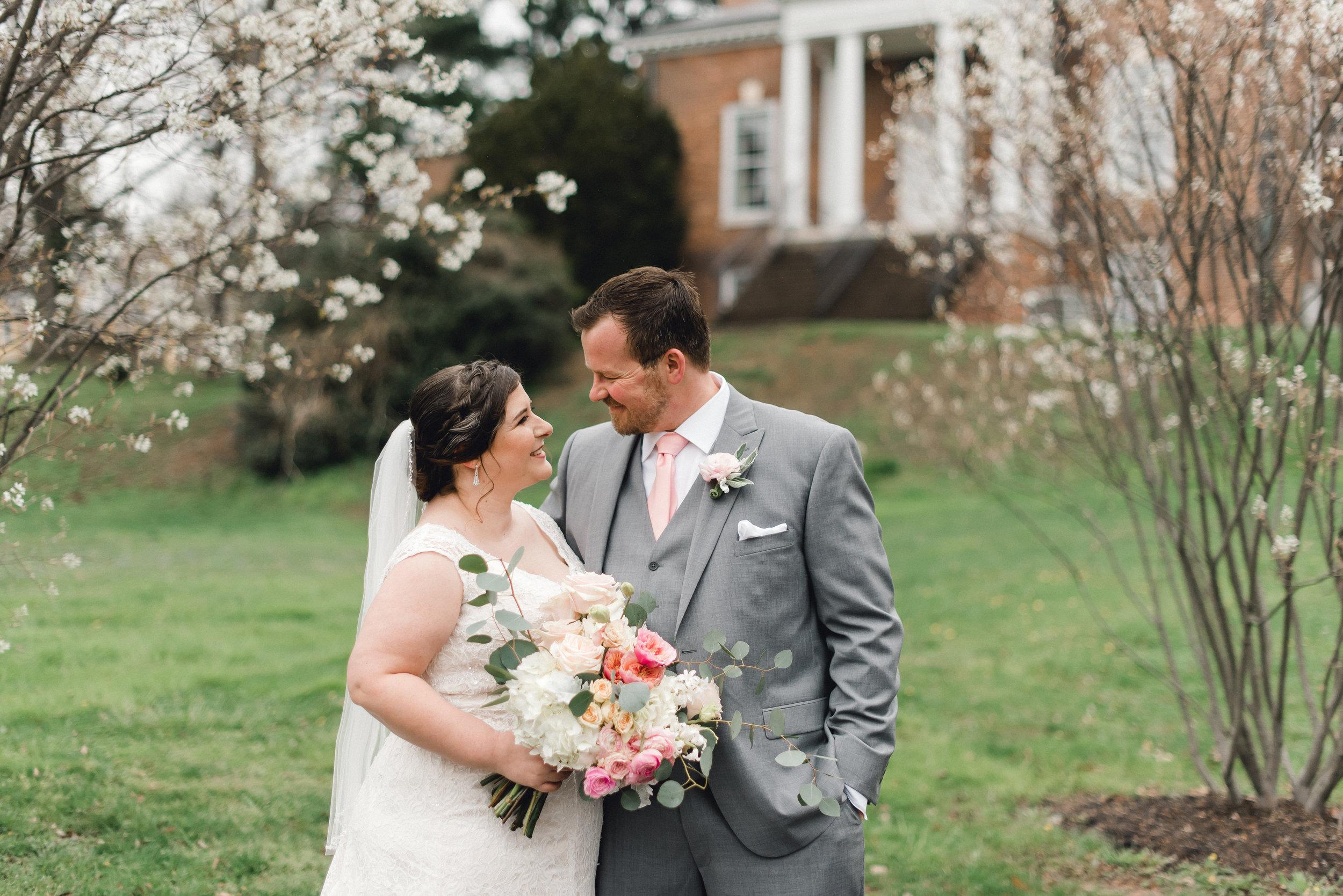 philadelphia-bucks-county-doylestown-mercer-museum-wedding-photographer-0020.jpg