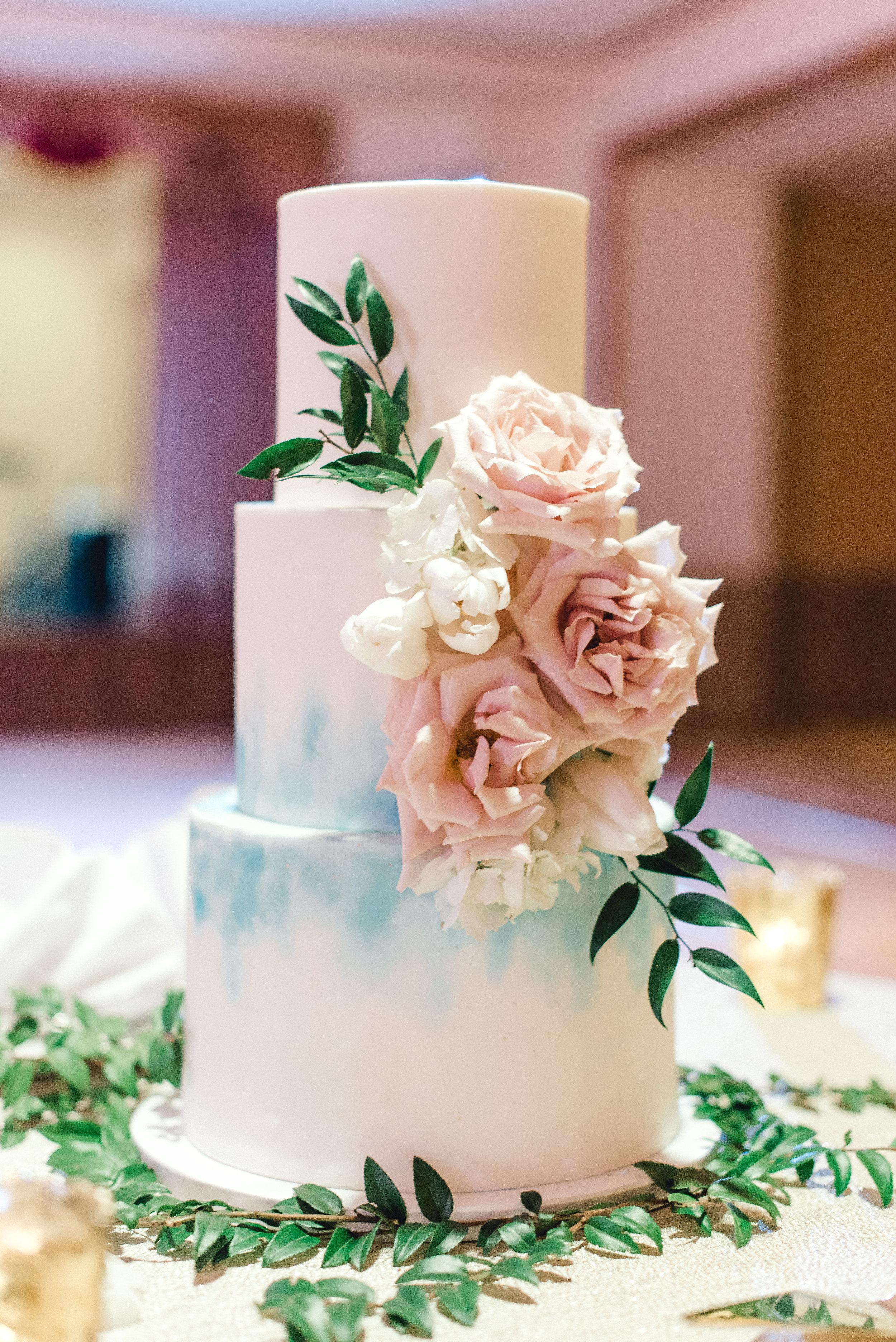 omni-william-penn-wedding-classic-chic-modern-photography-0032.jpg