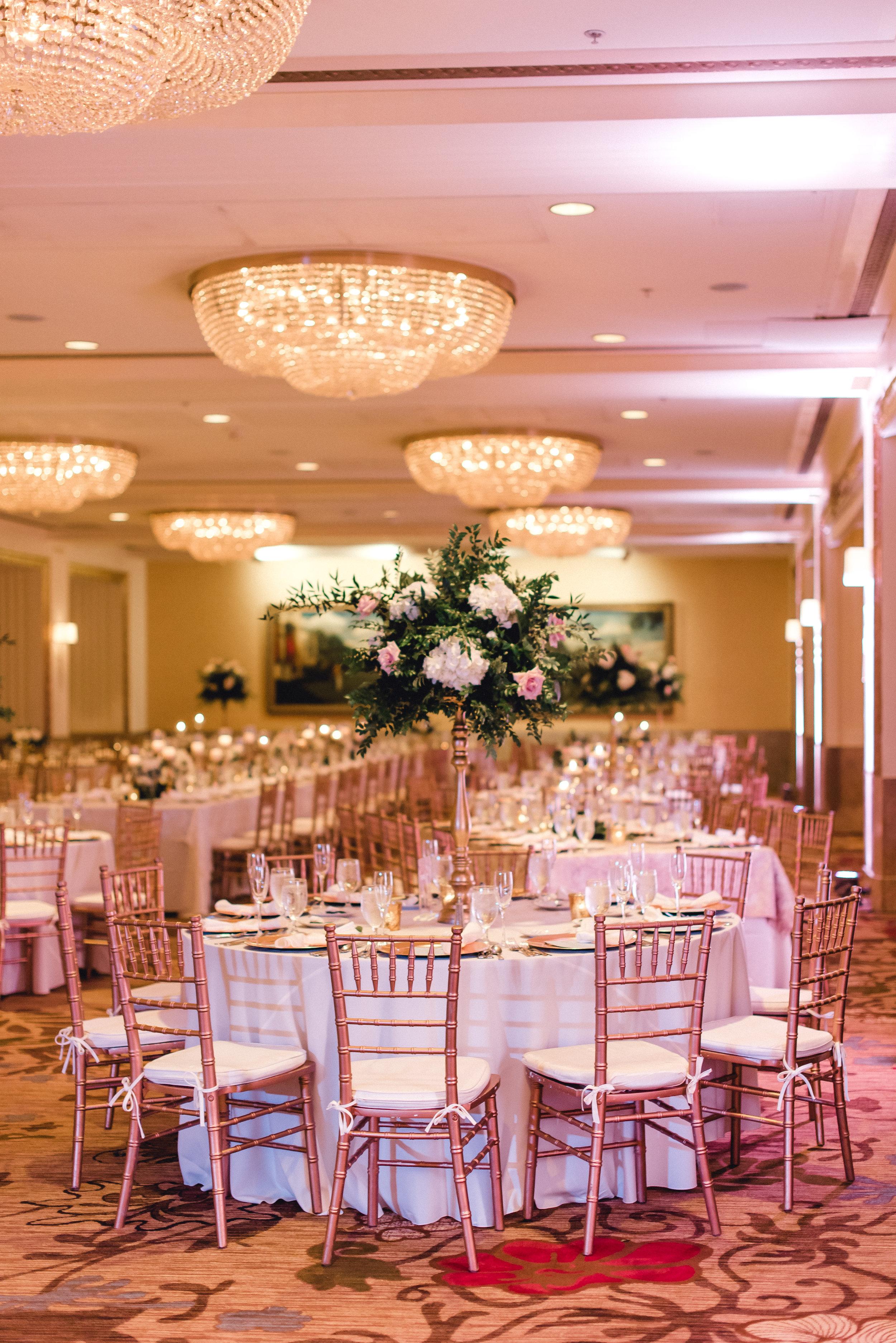 omni-william-penn-wedding-classic-chic-modern-photography-0031.jpg