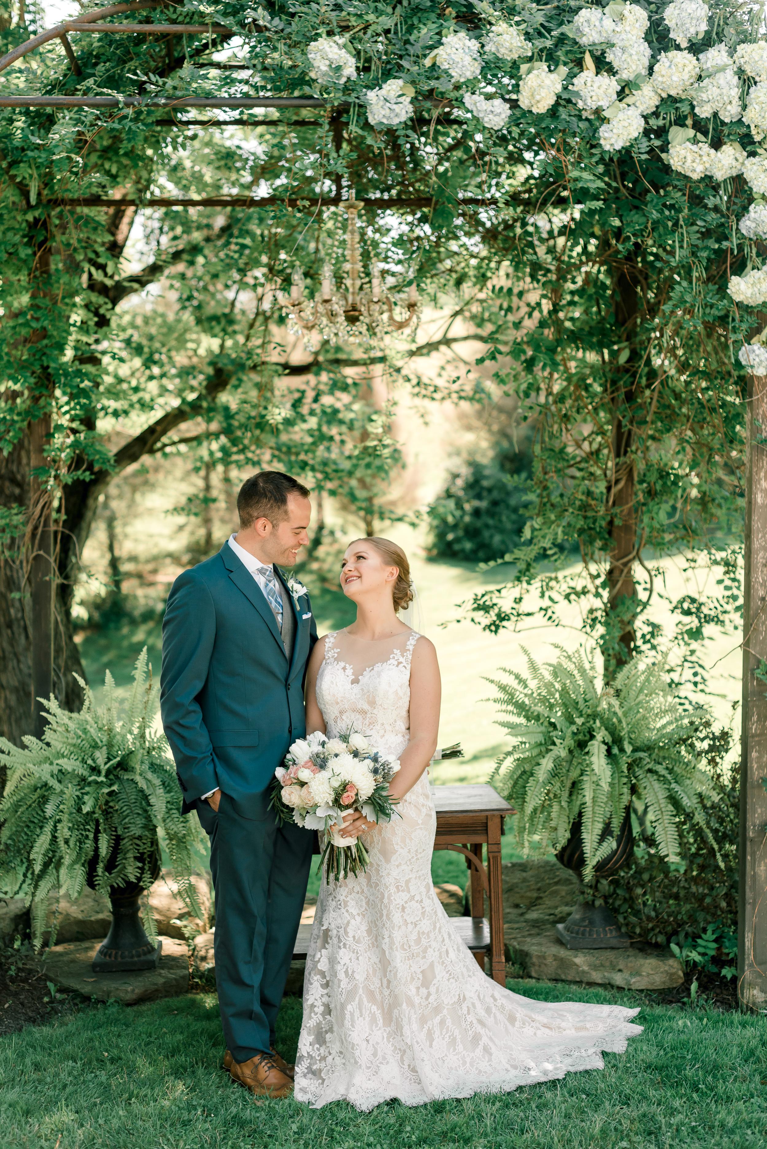 shady-elms-farm-pittsburgh-wedding-0030.jpg