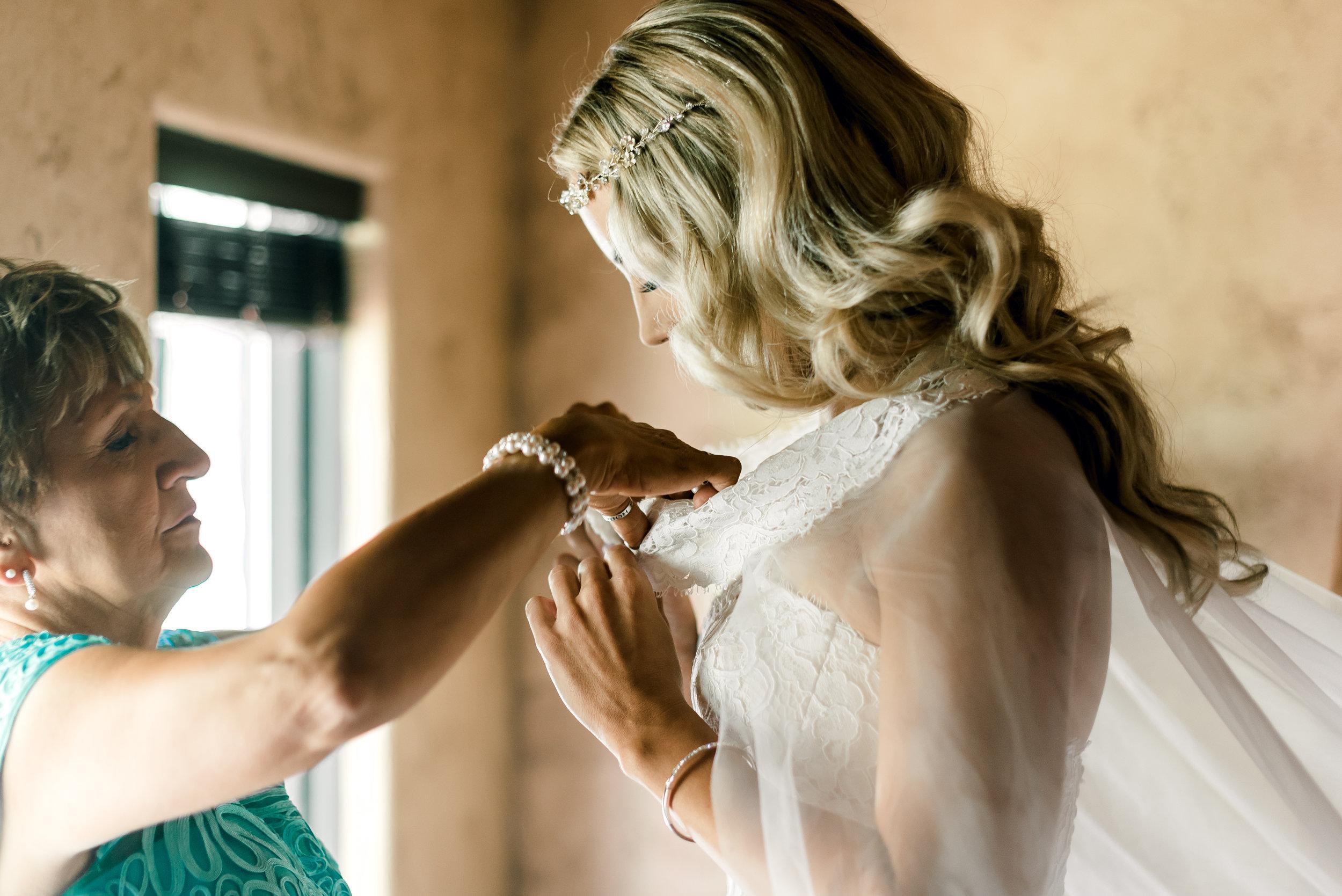 gervasi-winery-wedding-ohio-photography-8.jpg