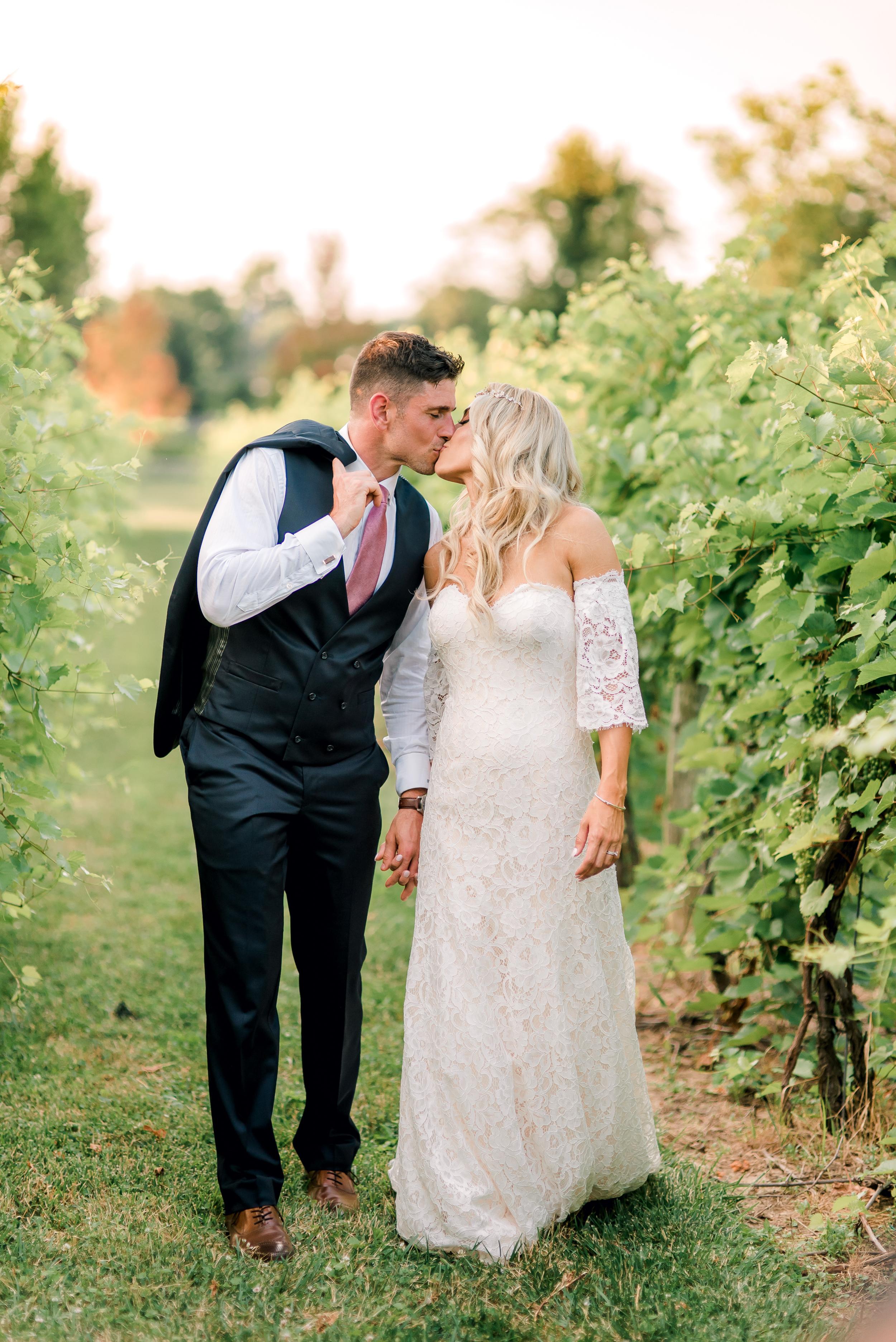 gervasi-winery-wedding-ohio-photography-31.jpg