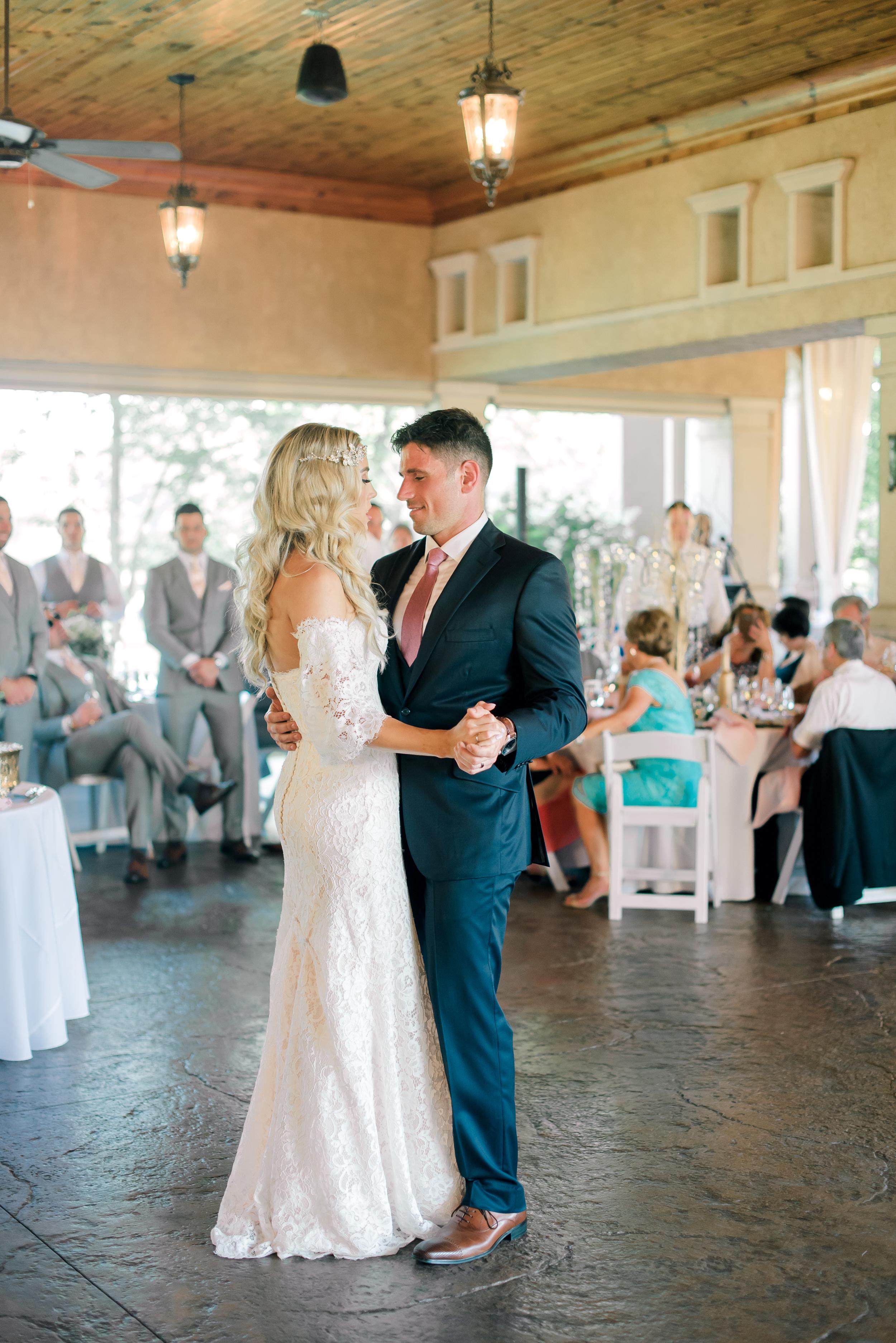 gervasi-winery-wedding-ohio-photography-44.jpg