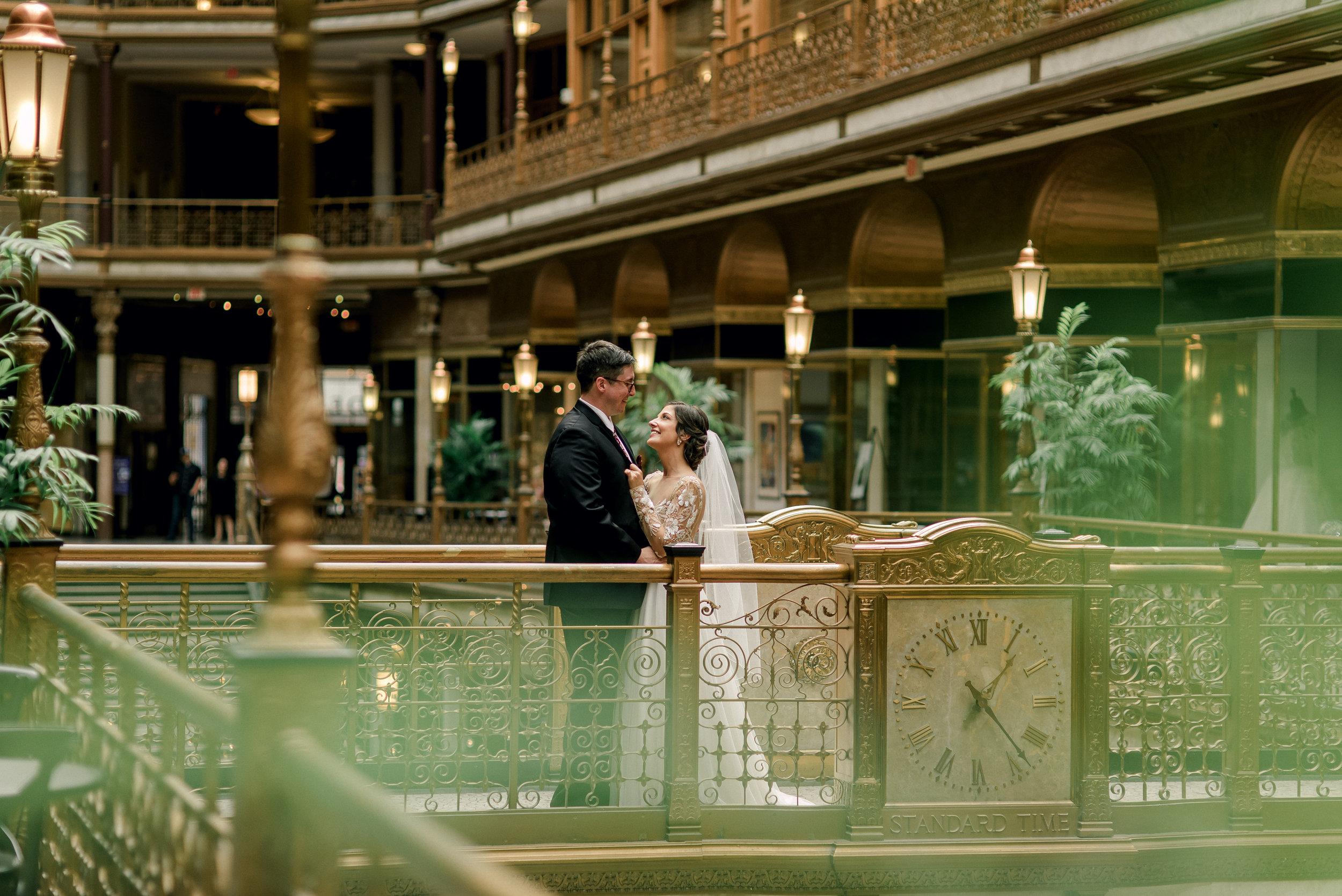 cleveland-wedding-photographer-great-lakes-brewing-arcade-0021.jpg