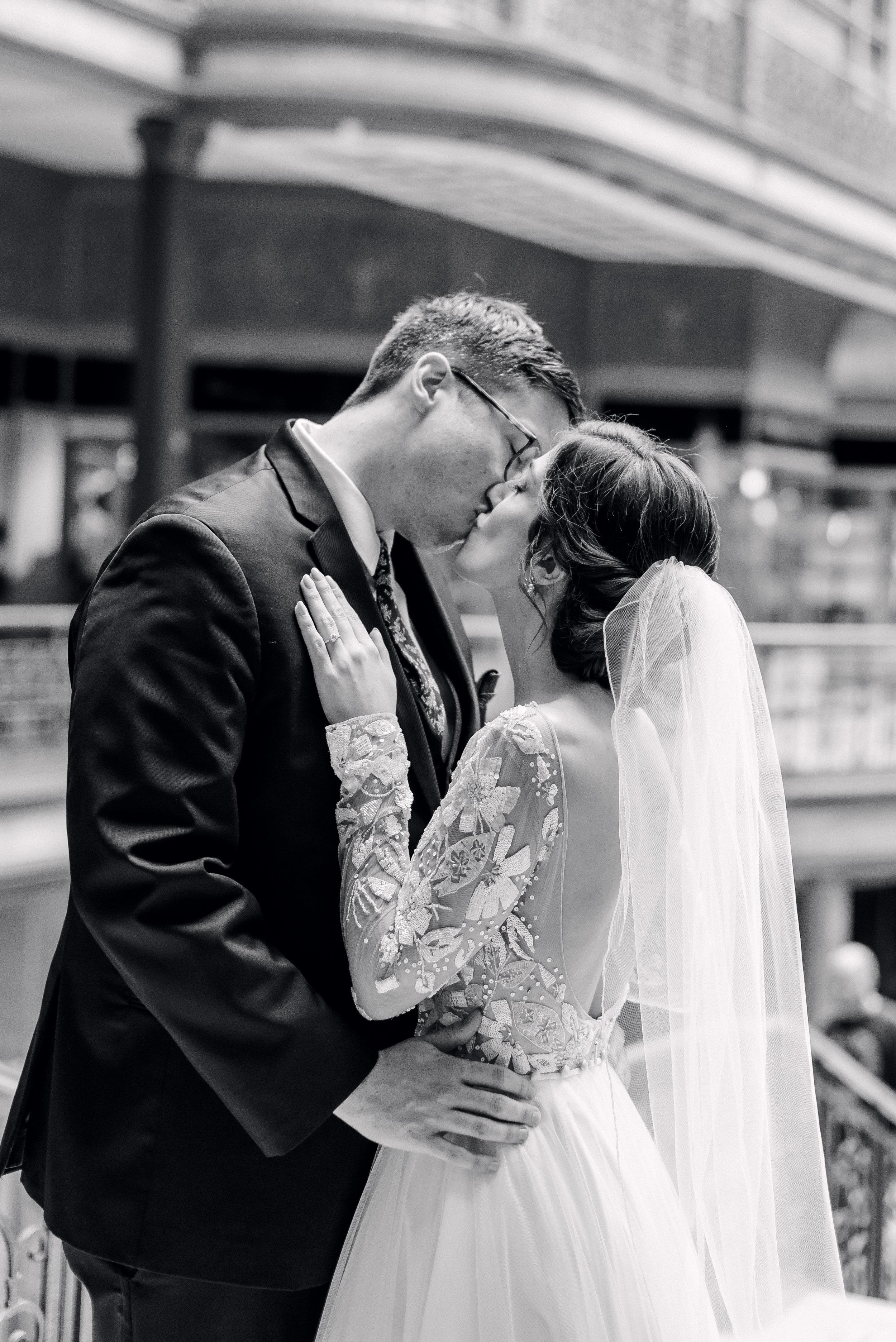 cleveland-wedding-photographer-great-lakes-brewing-arcade-0024.jpg