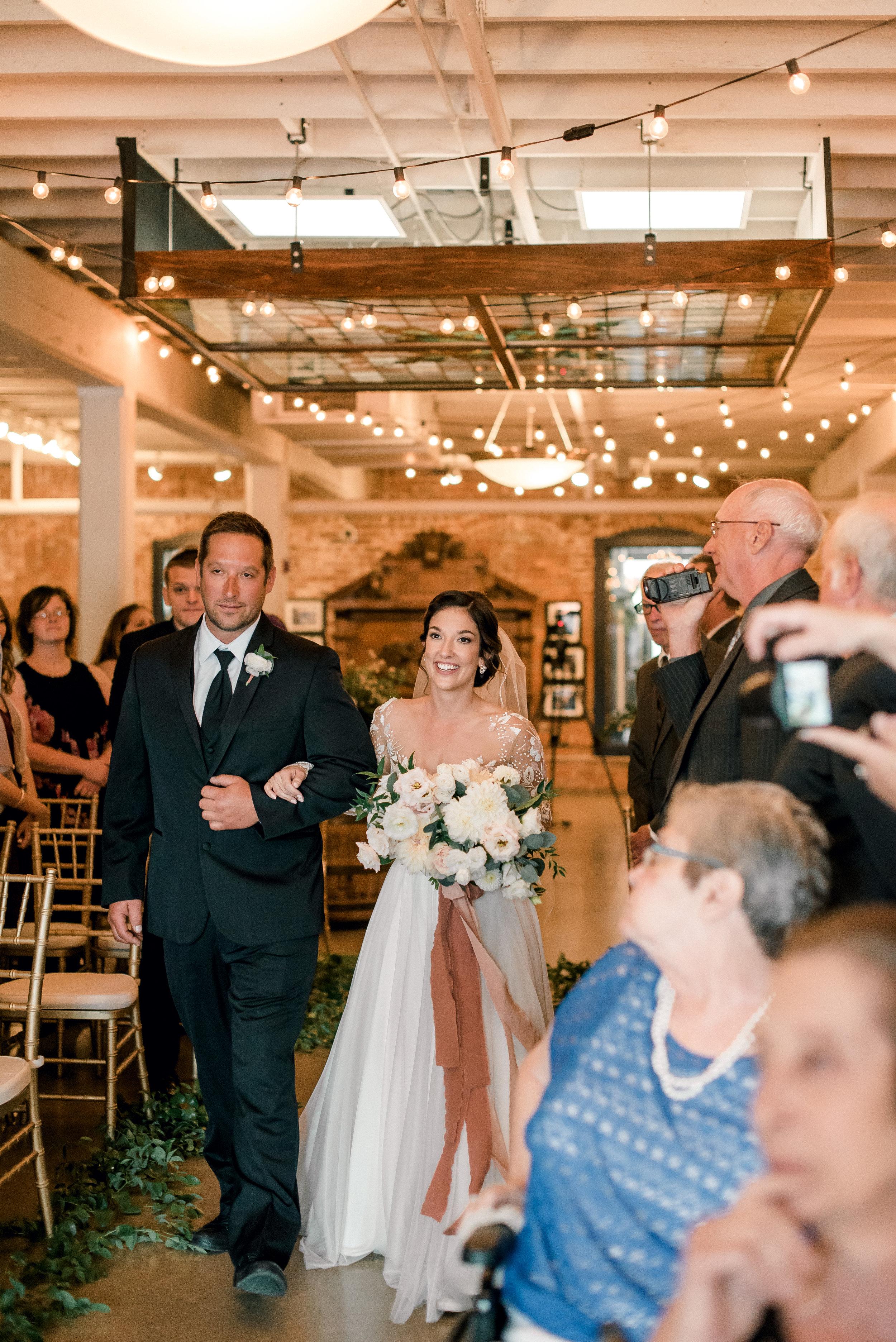 cleveland-wedding-photographer-great-lakes-brewing-arcade-0036.jpg