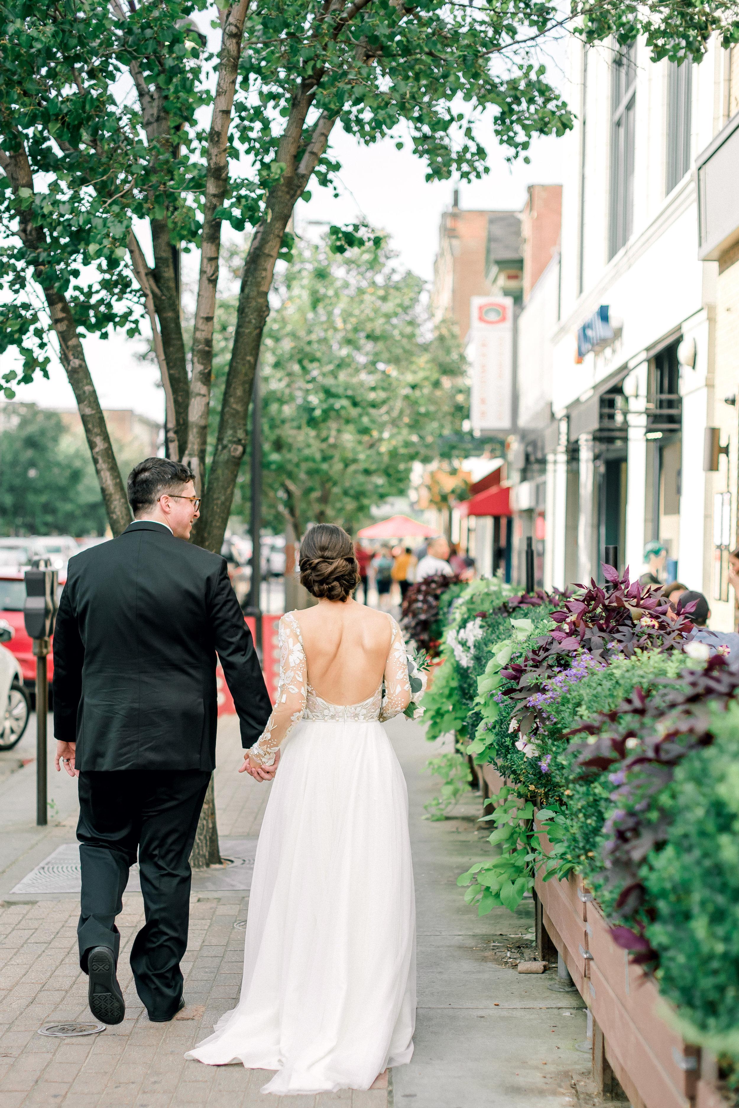 cleveland-wedding-photographer-great-lakes-brewing-arcade-0052.jpg