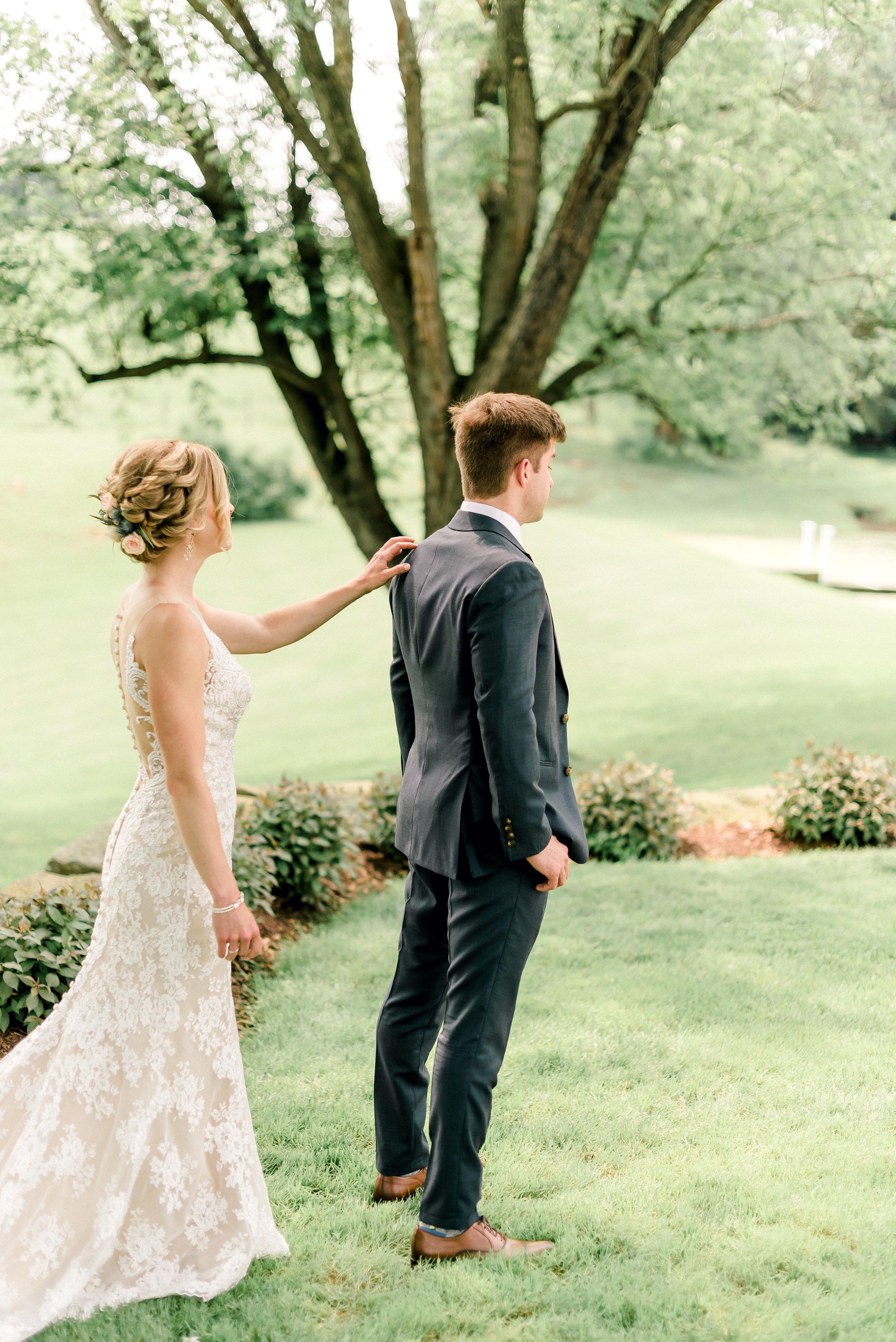 pittsburgh-wedding-photographer-shady-elms-farm-0014.jpg