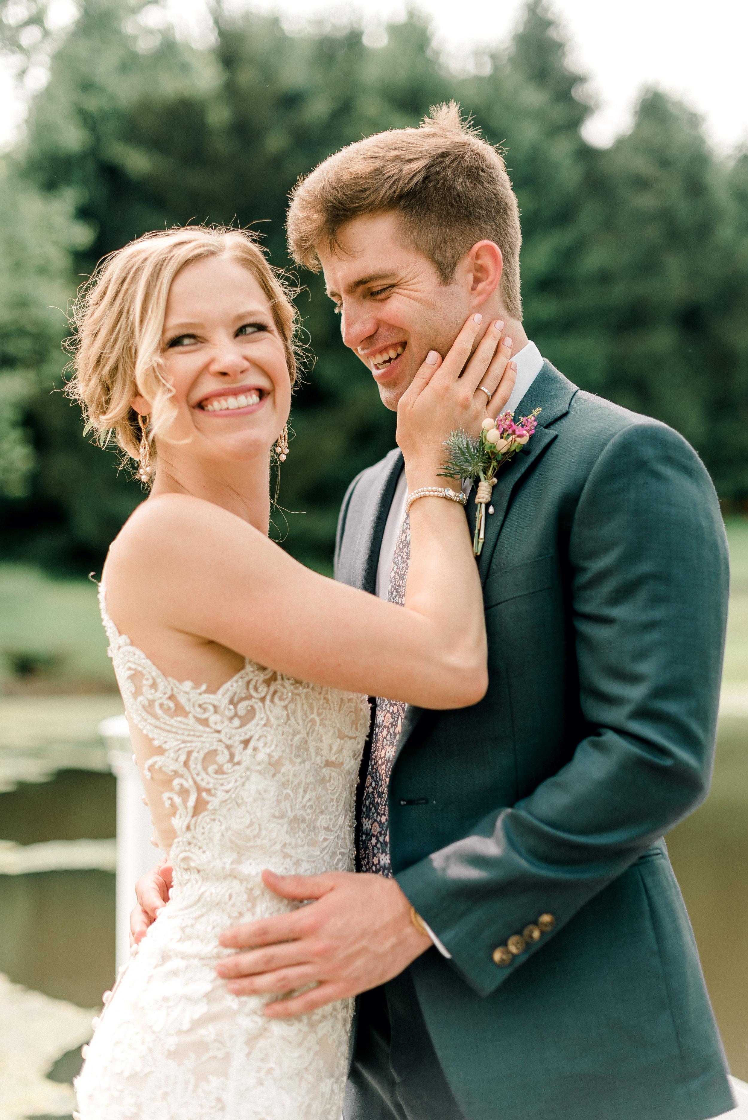 pittsburgh-wedding-photographer-shady-elms-farm-0033.jpg