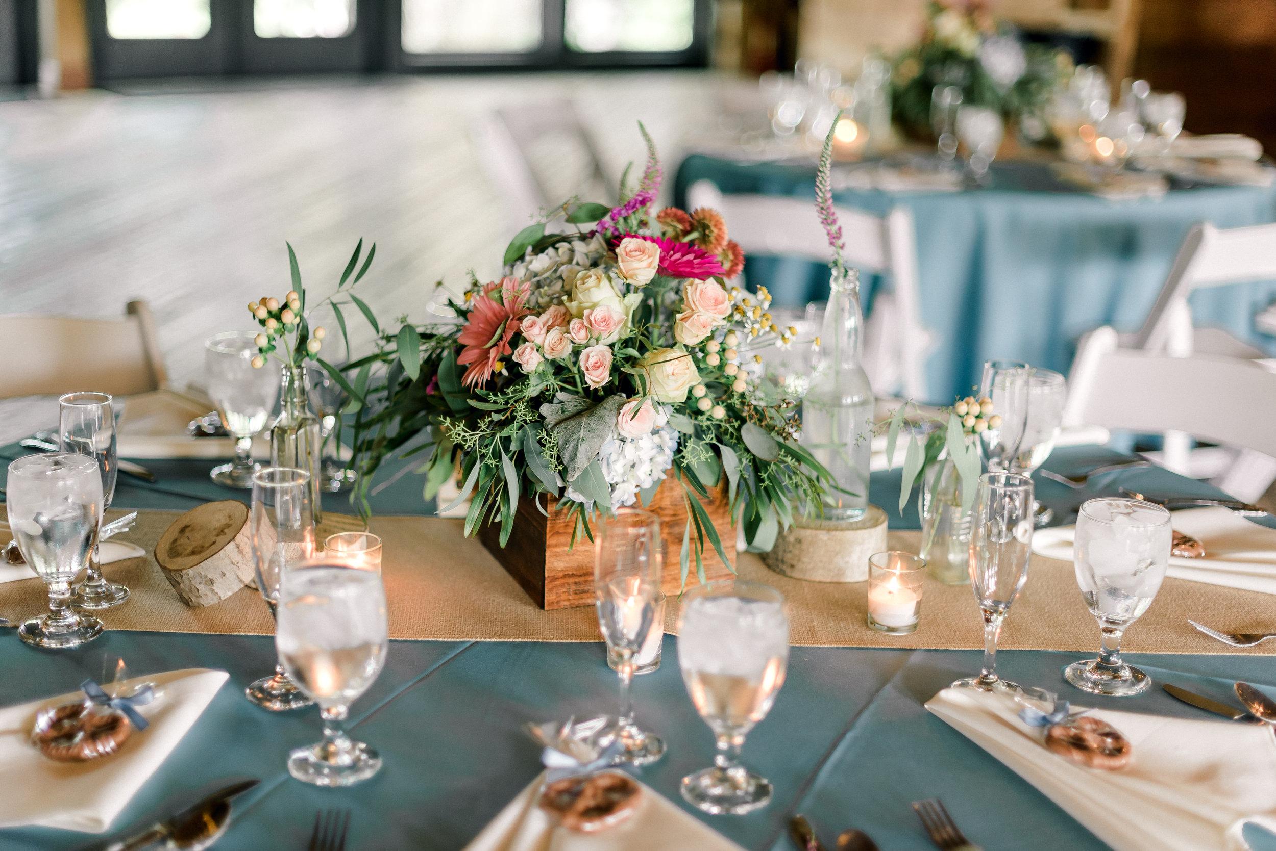pittsburgh-wedding-photographer-shady-elms-farm-0047.jpg