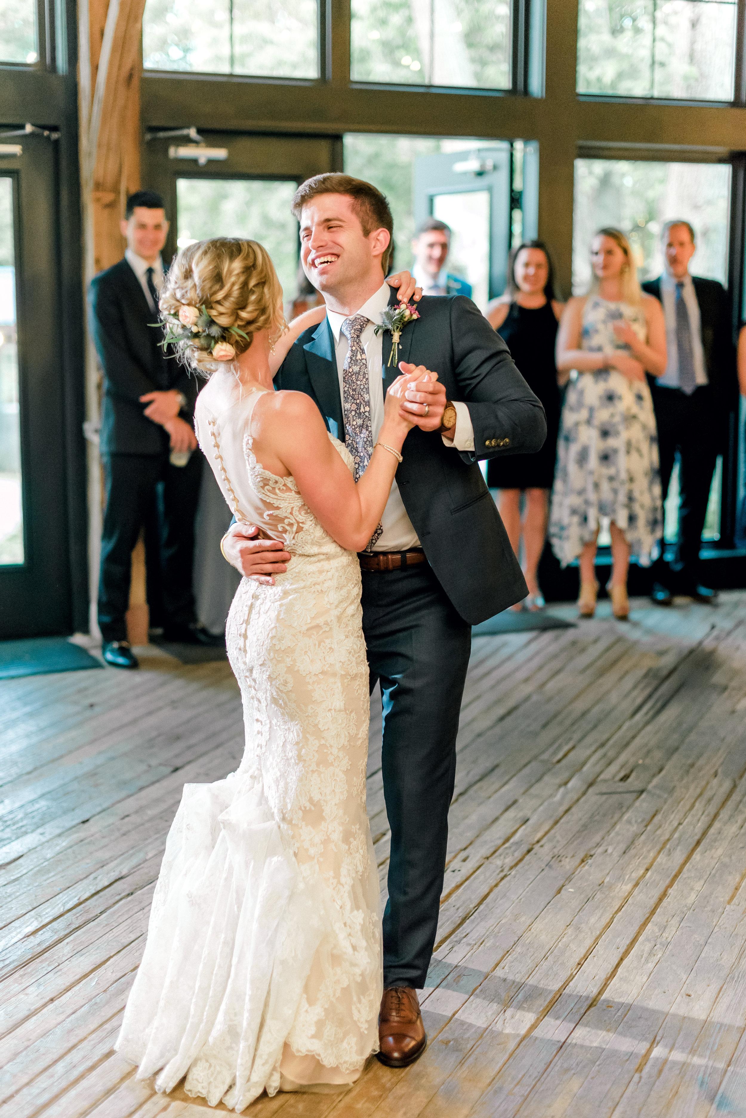 pittsburgh-wedding-photographer-shady-elms-farm-0061.jpg