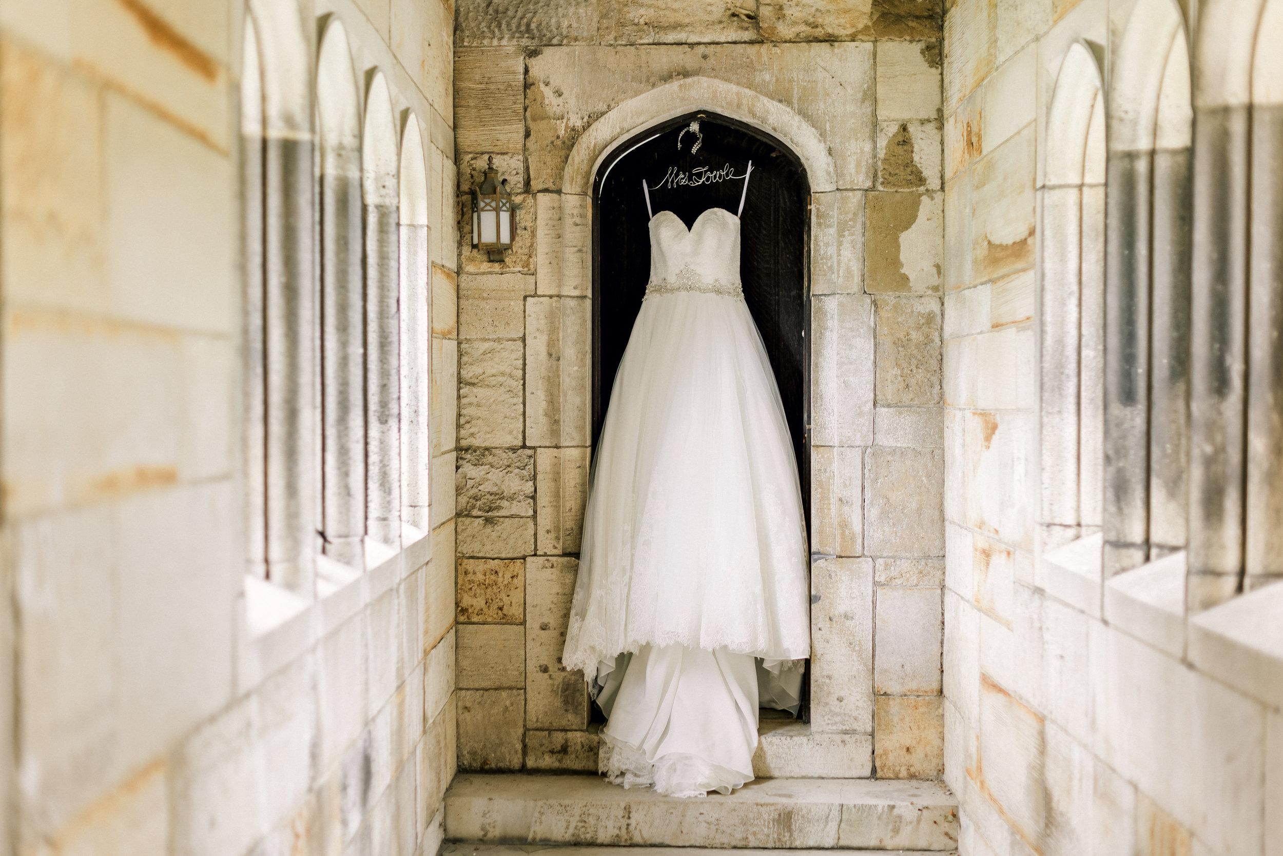 pittsburgh-wedding-photographer-hartwood-acres-0001.jpg