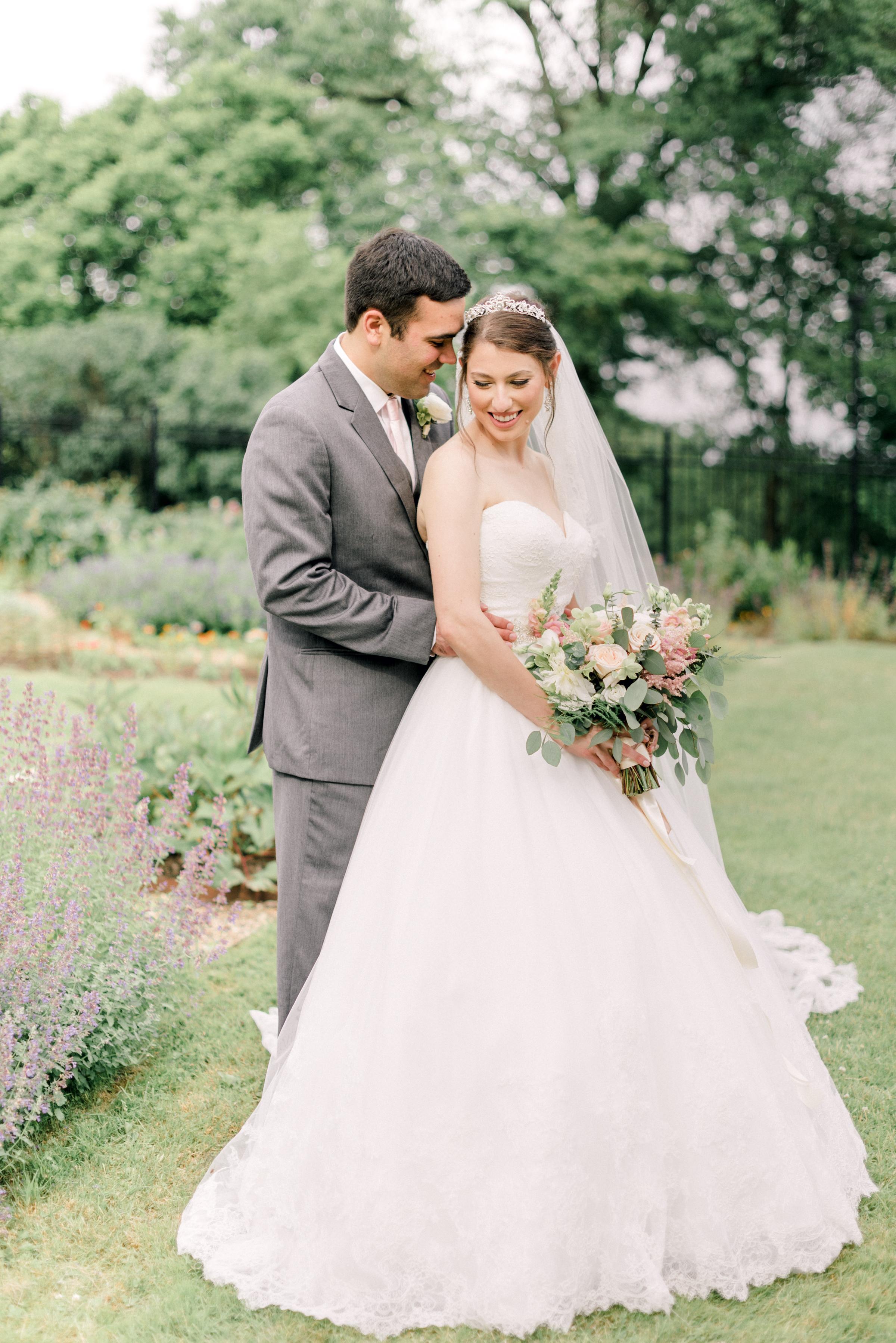pittsburgh-wedding-photographer-hartwood-acres-0041.jpg