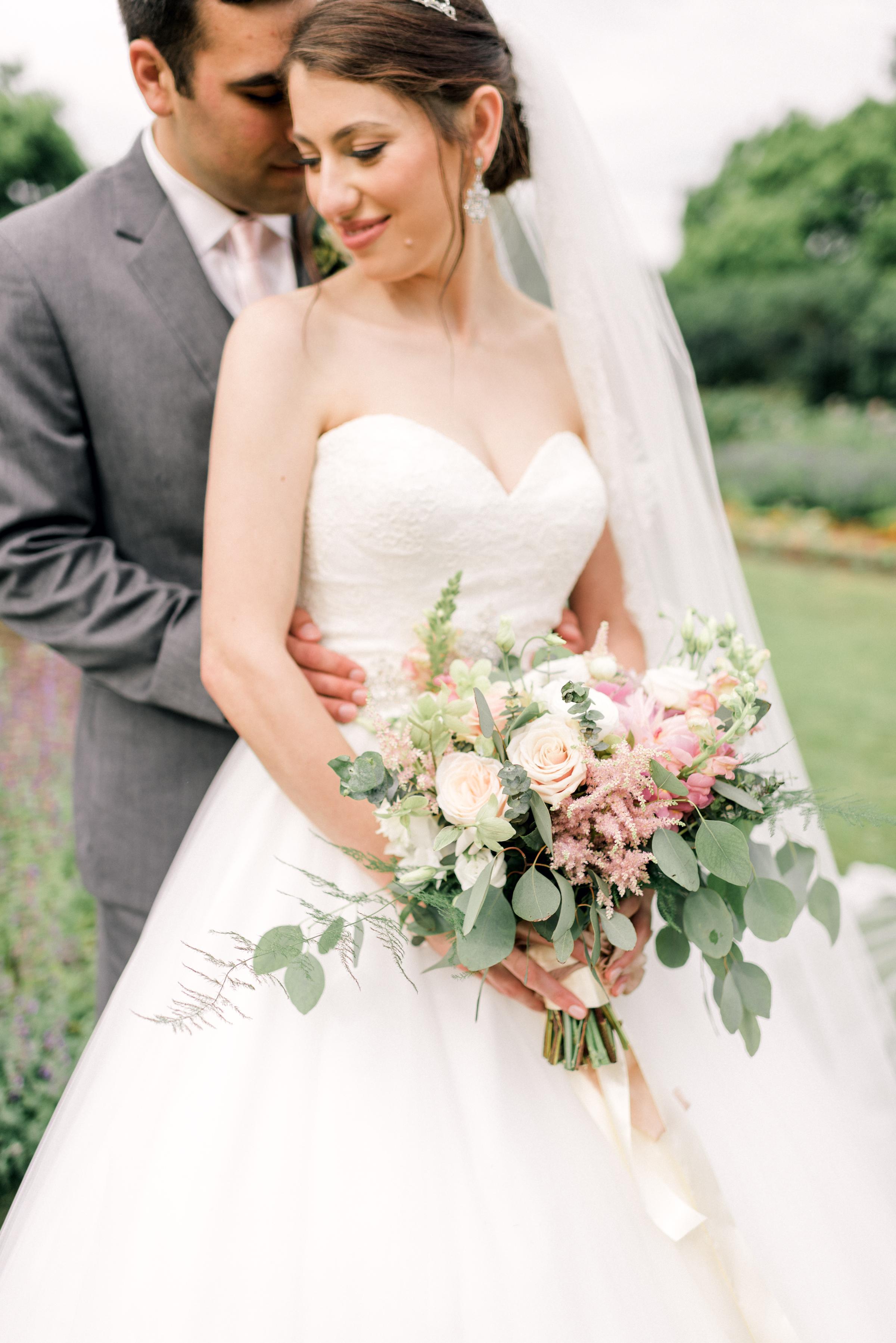pittsburgh-wedding-photographer-hartwood-acres-0043.jpg