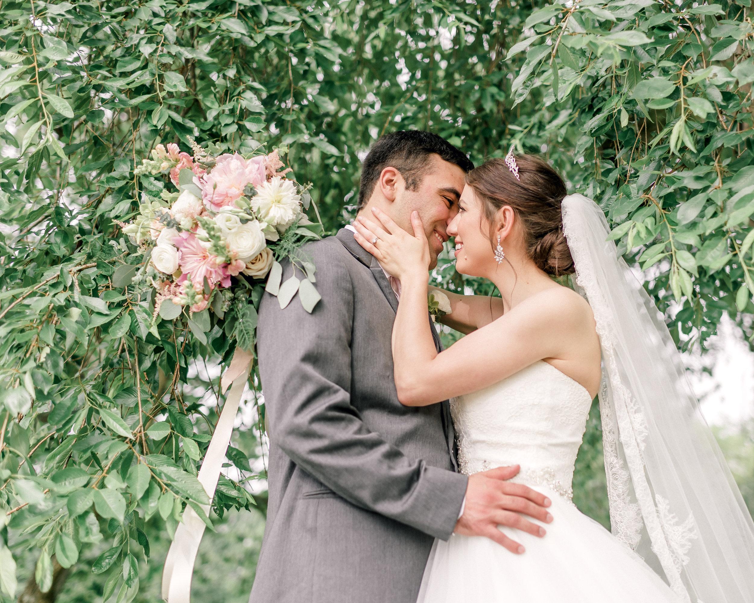 pittsburgh-wedding-photographer-hartwood-acres-0048.jpg