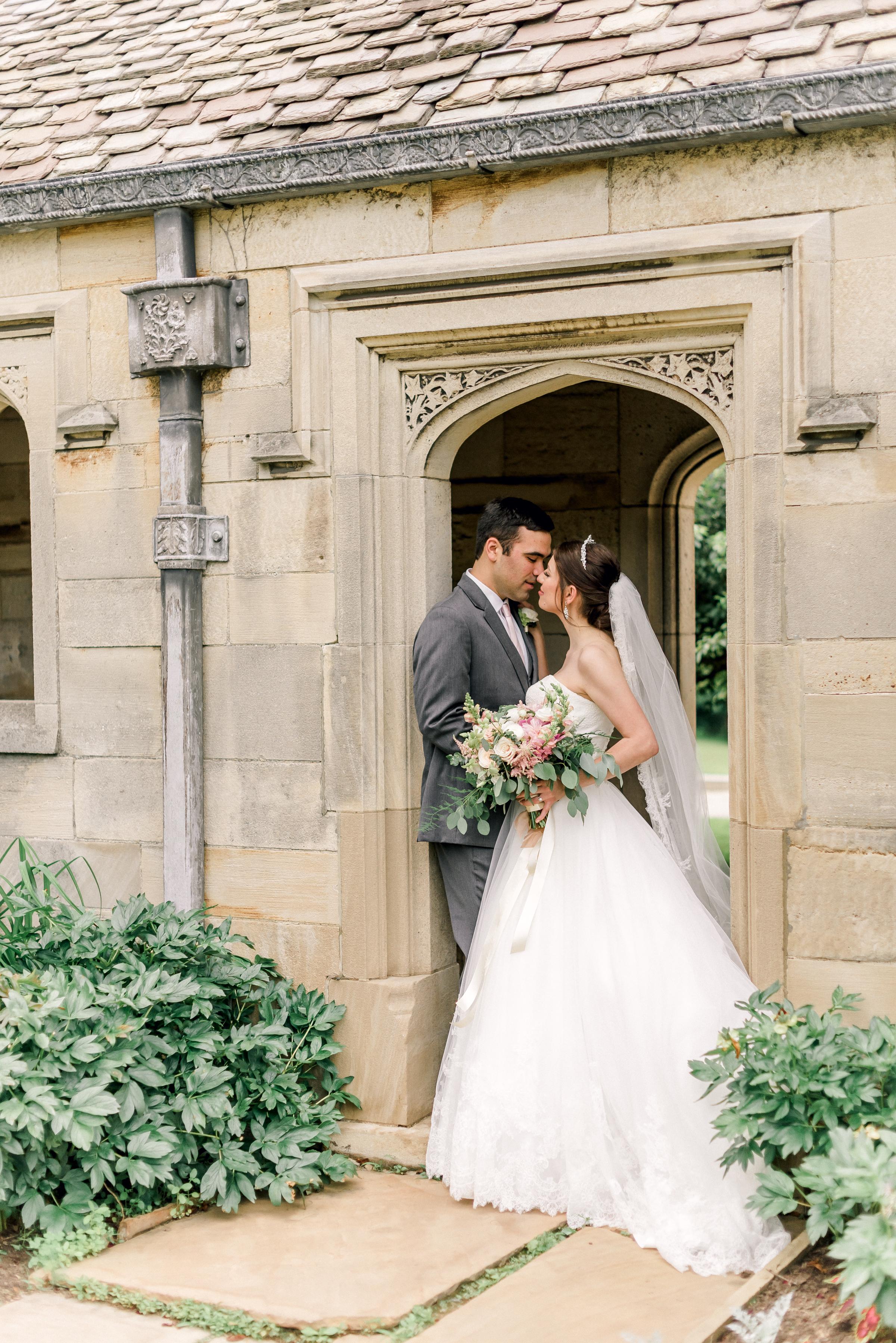 pittsburgh-wedding-photographer-hartwood-acres-0049.jpg