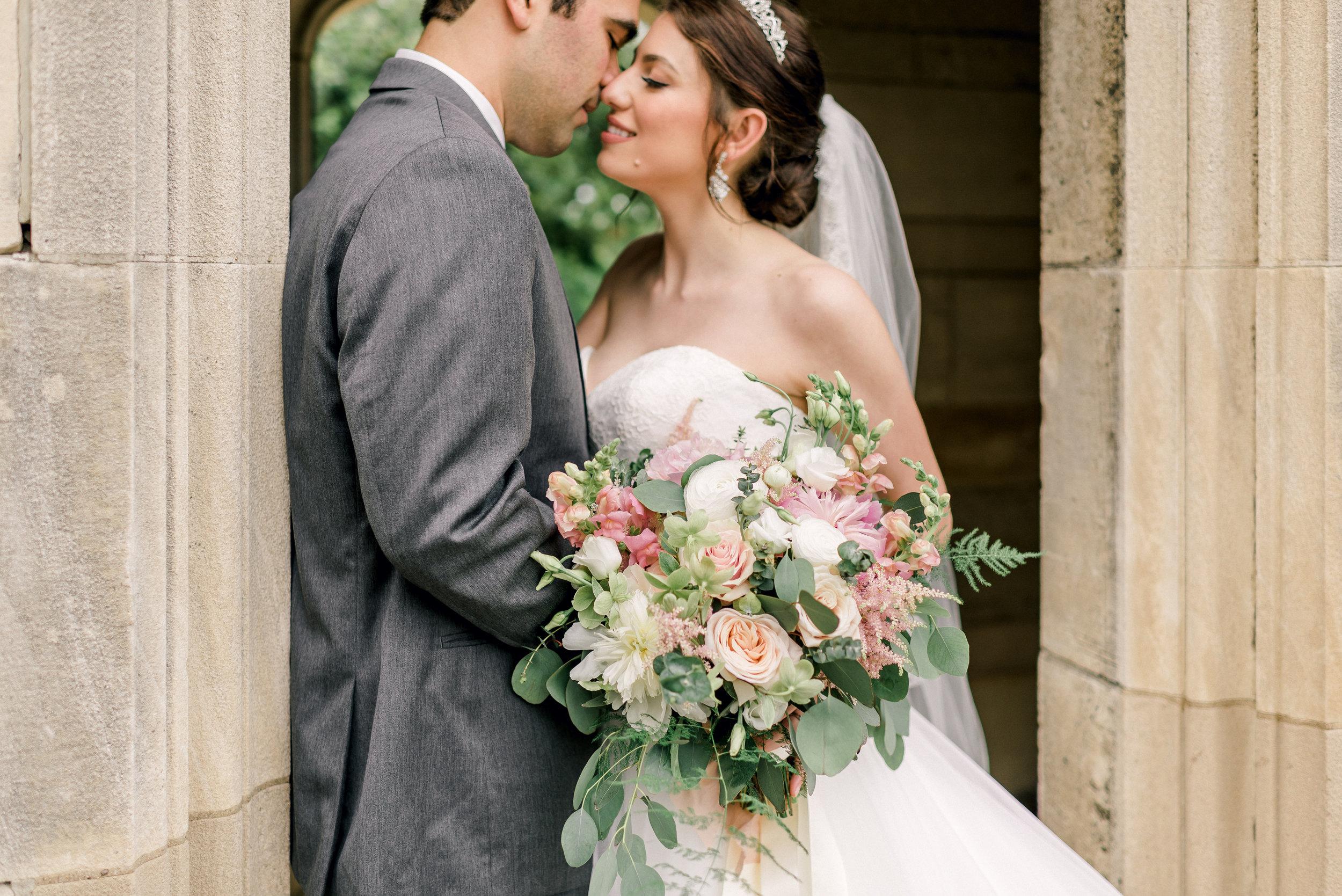 pittsburgh-wedding-photographer-hartwood-acres-0050.jpg